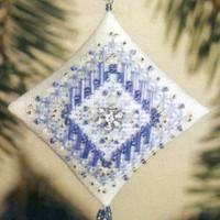 Icy Snowflake Tiny Treasured Diamond Ornament Bead Kit Mill Hill 2003