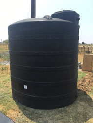3000 Gallon Tri-Layer AquaTech Water Storage Tank