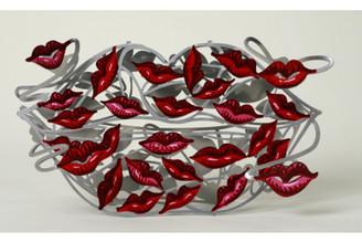 100 Kisses Sculpture By David Gerstein