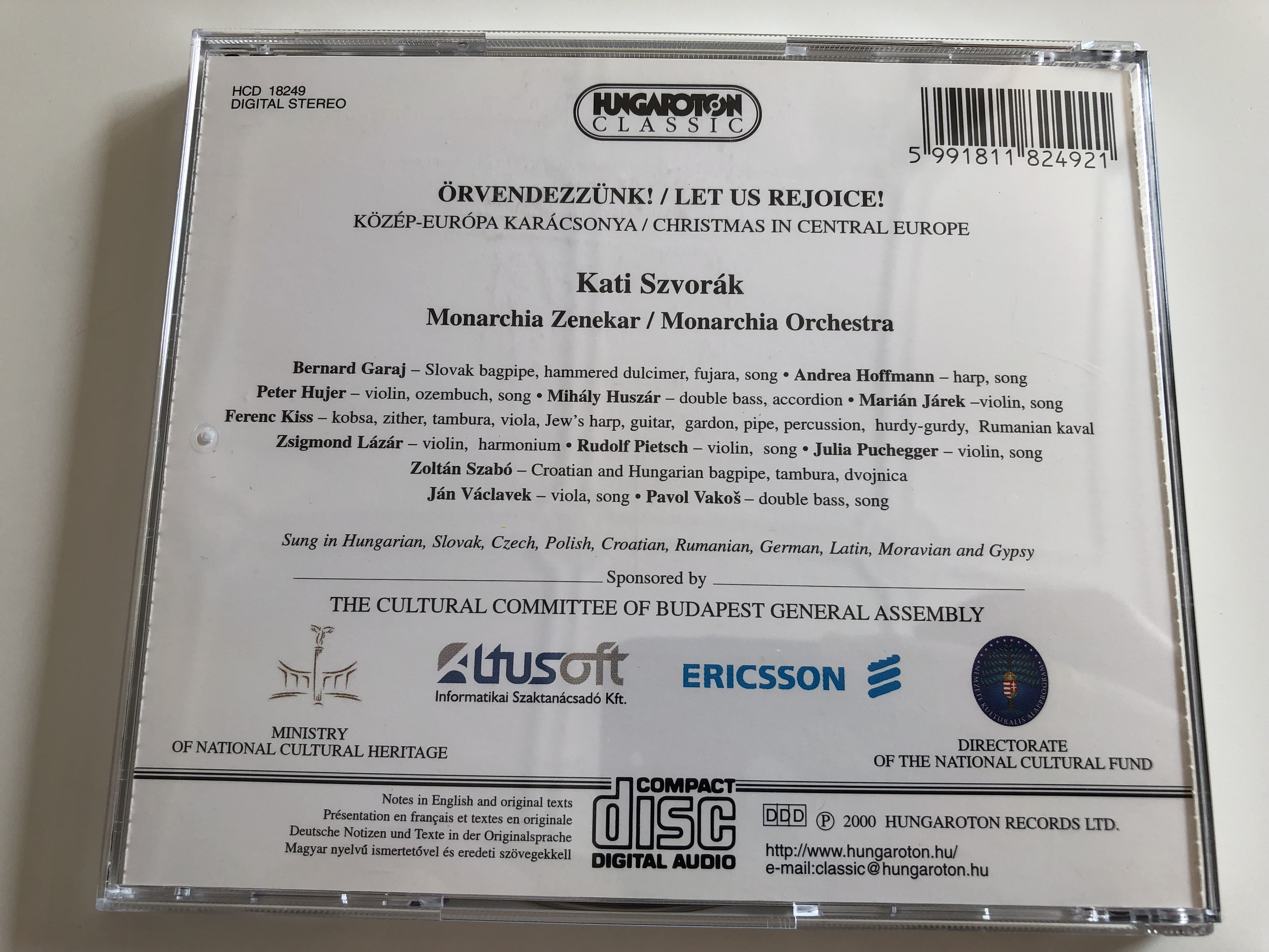 -rvendezz-nk-k-z-p-eur-pa-kar-csonya-let-us-rejoice-christmas-in-central-europe-kati-szvor-k-monarchia-hungaroton-classic-audio-cd-2000-hcd-18249-13-.jpg