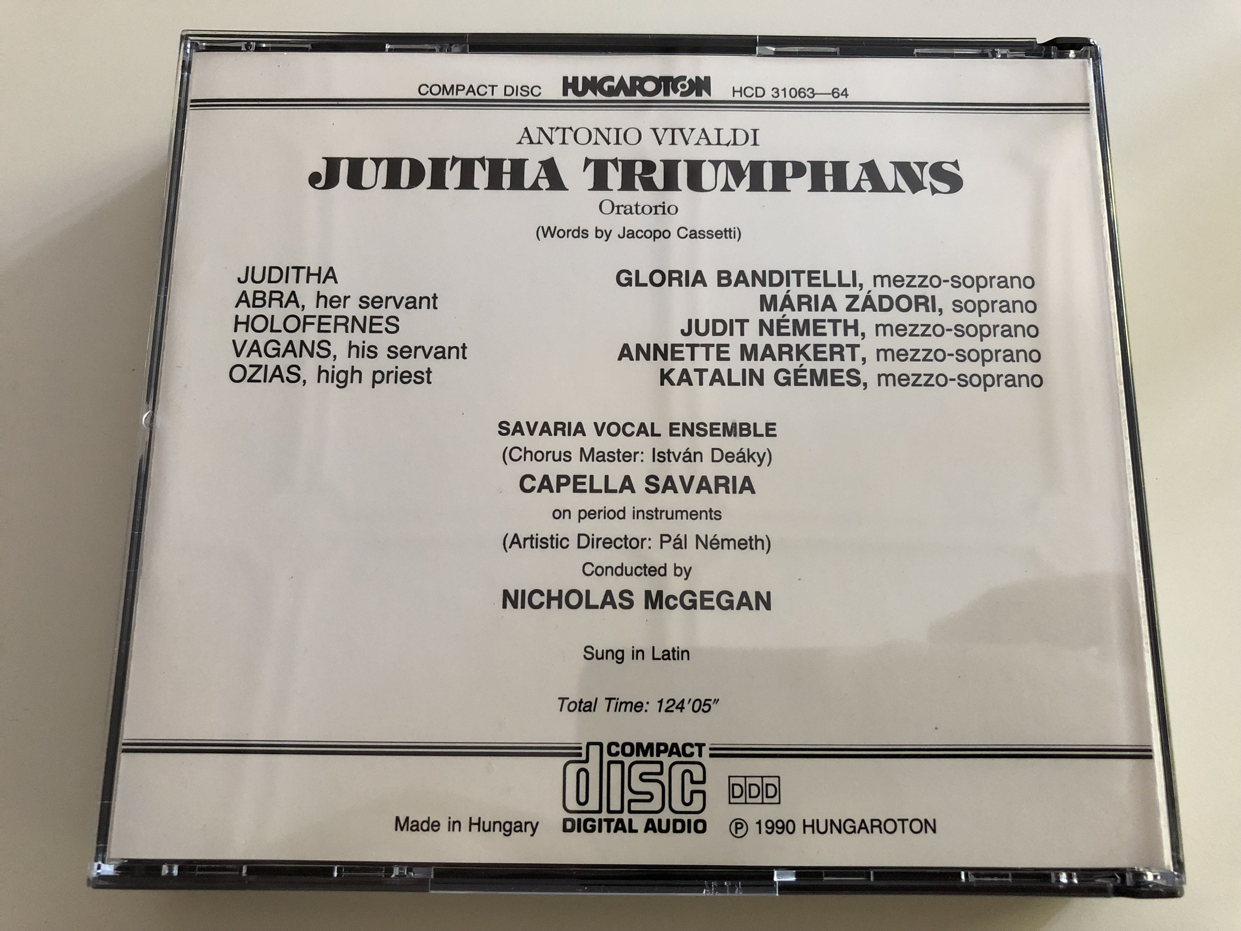 antonio-vivaldi-juditha-triumphans-oratorio-gloria-banditelli-m-ria-z-dori-judit-n-meth-annette-markert-katalin-g-mes-capella-savaria-leader-nicholas-mcgegan-audio-cd-set-hcd-31063-64-4-.jpg