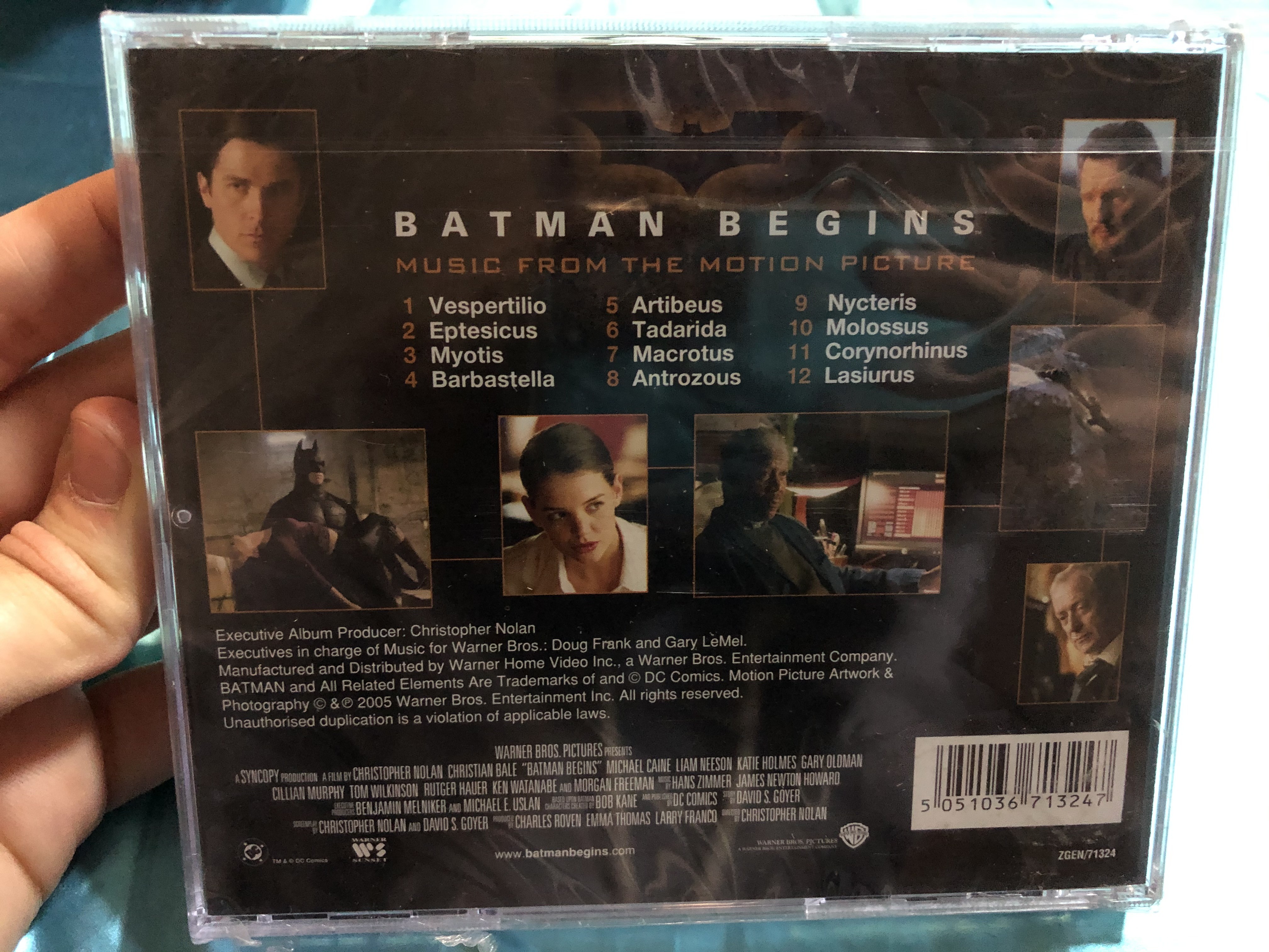 batman-begins-music-from-the-motion-picture-music-composed-by-hans-zimmer-and-james-newton-howard-warner-sunset-records-audio-cd-2005-zgen71324-3-.jpg