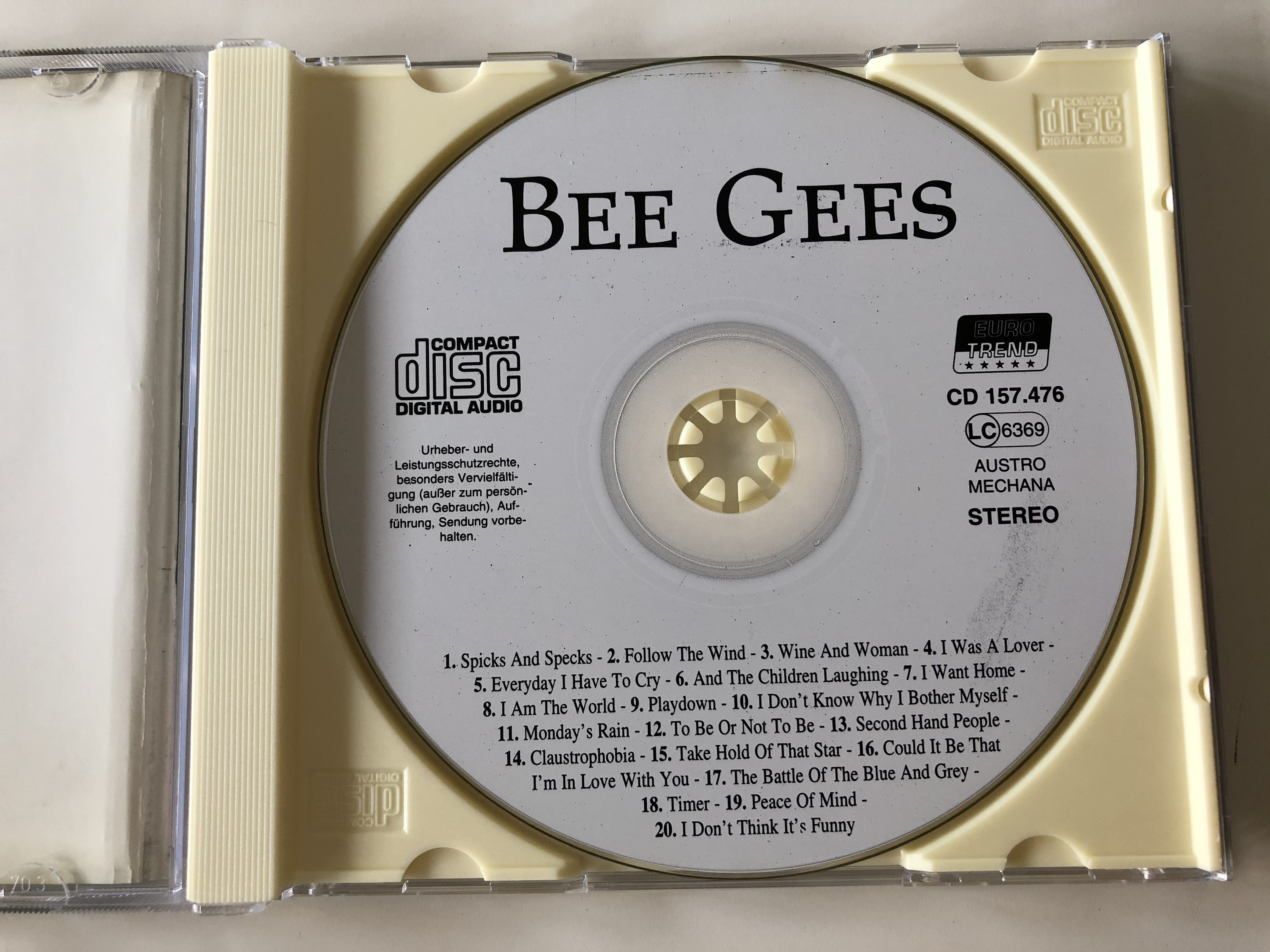 bee-gees-spicks-and-specks-follow-the-wind-peace-of-mind-take-hold-of-that-star-and-many-others-eurotrend-audio-cd-cd-157-2-.jpg