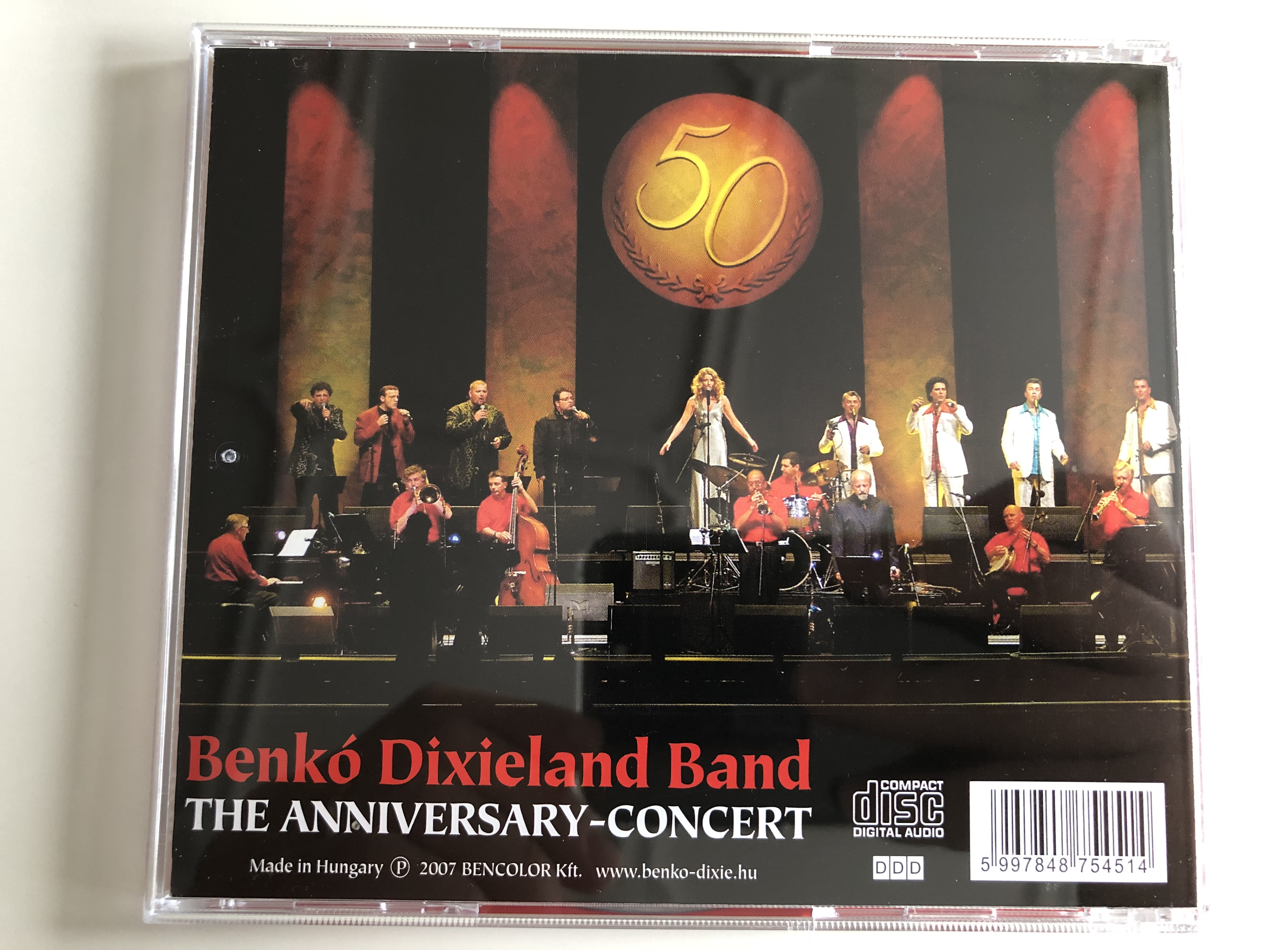benk-dixieland-band-live-recorded-at-budapest-sportatrena-5nd-may-2007-the-anisversary-concert-bencolor-kft.-audio-cd-2007-stereo-ben-cd-5451-6-.jpg