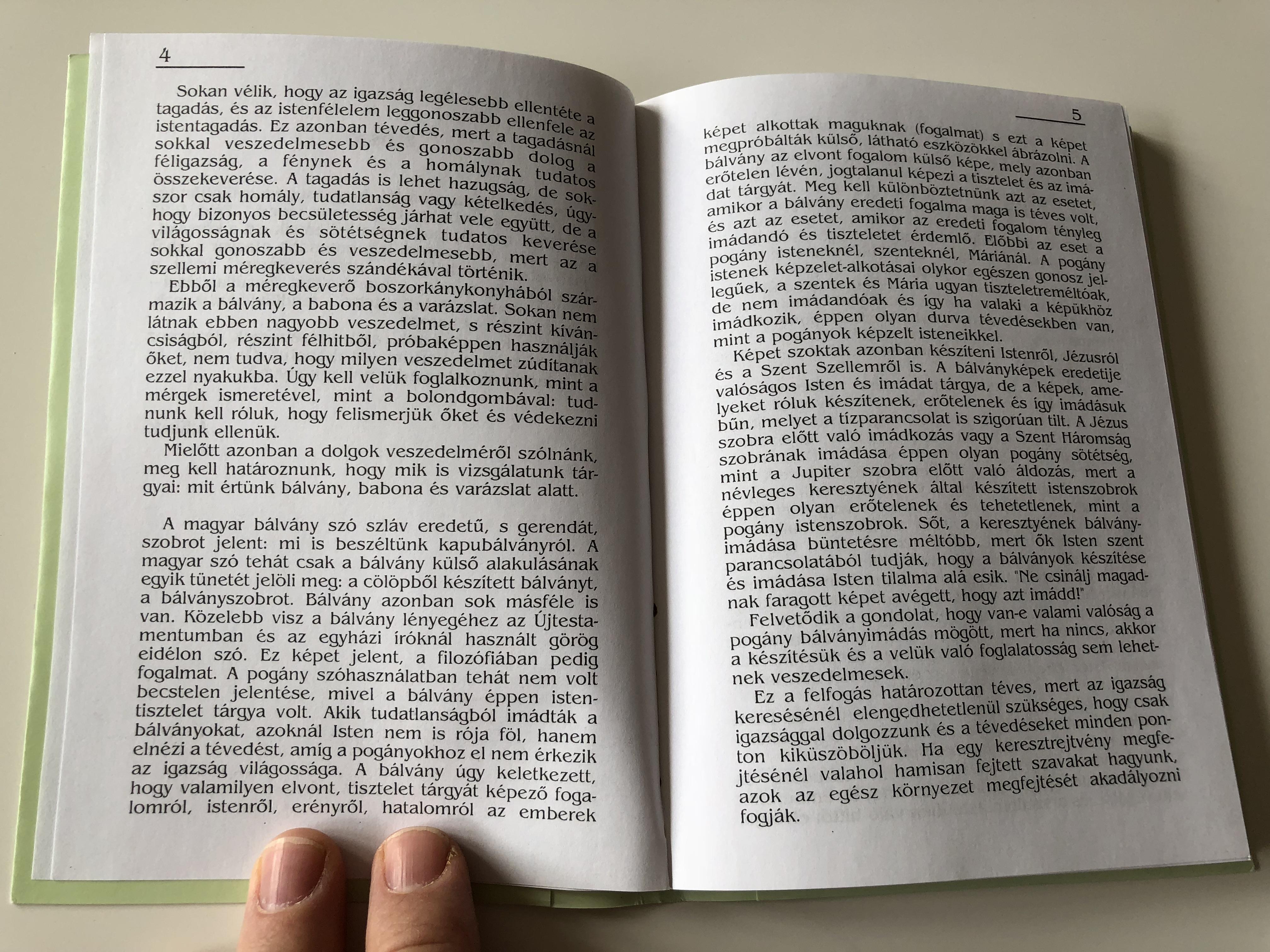 beteg-vall-soss-g-eg-szs-ges-kereszty-nys-g-by-csia-lajos-ill-religiousness-healthy-christianity-hungarian-language-booklet-sz-zszorsz-p-kiad-2004-10-.jpg