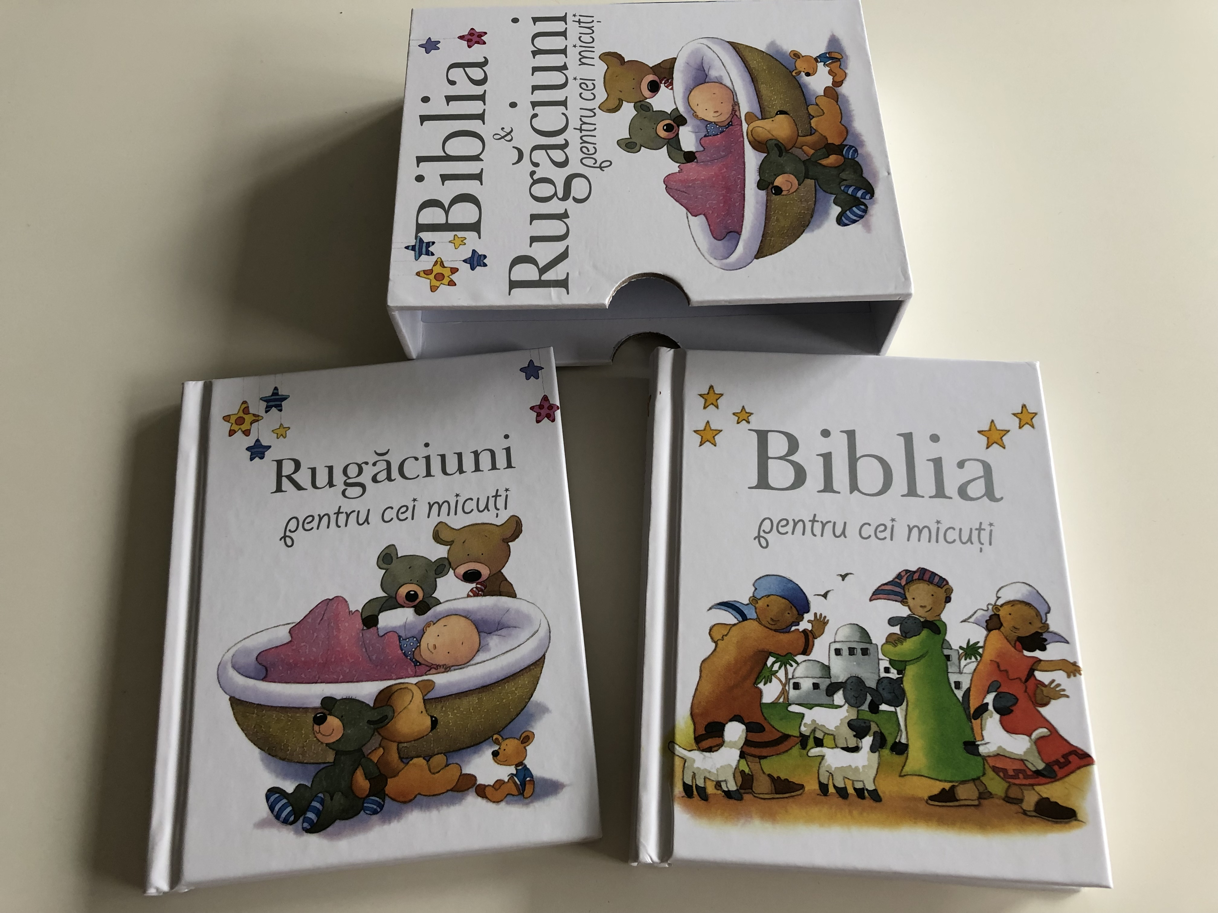 biblia-rug-ciuni-pentru-cei-micuti-by-sarag-toulmin-romanian-translation-of-baby-bible-and-baby-prayers-lion-hudson-comes-in-a-protective-box-baby-bible-for-children-between-1-3-years-illustrations-by-kristina-step-4915234-.jpg