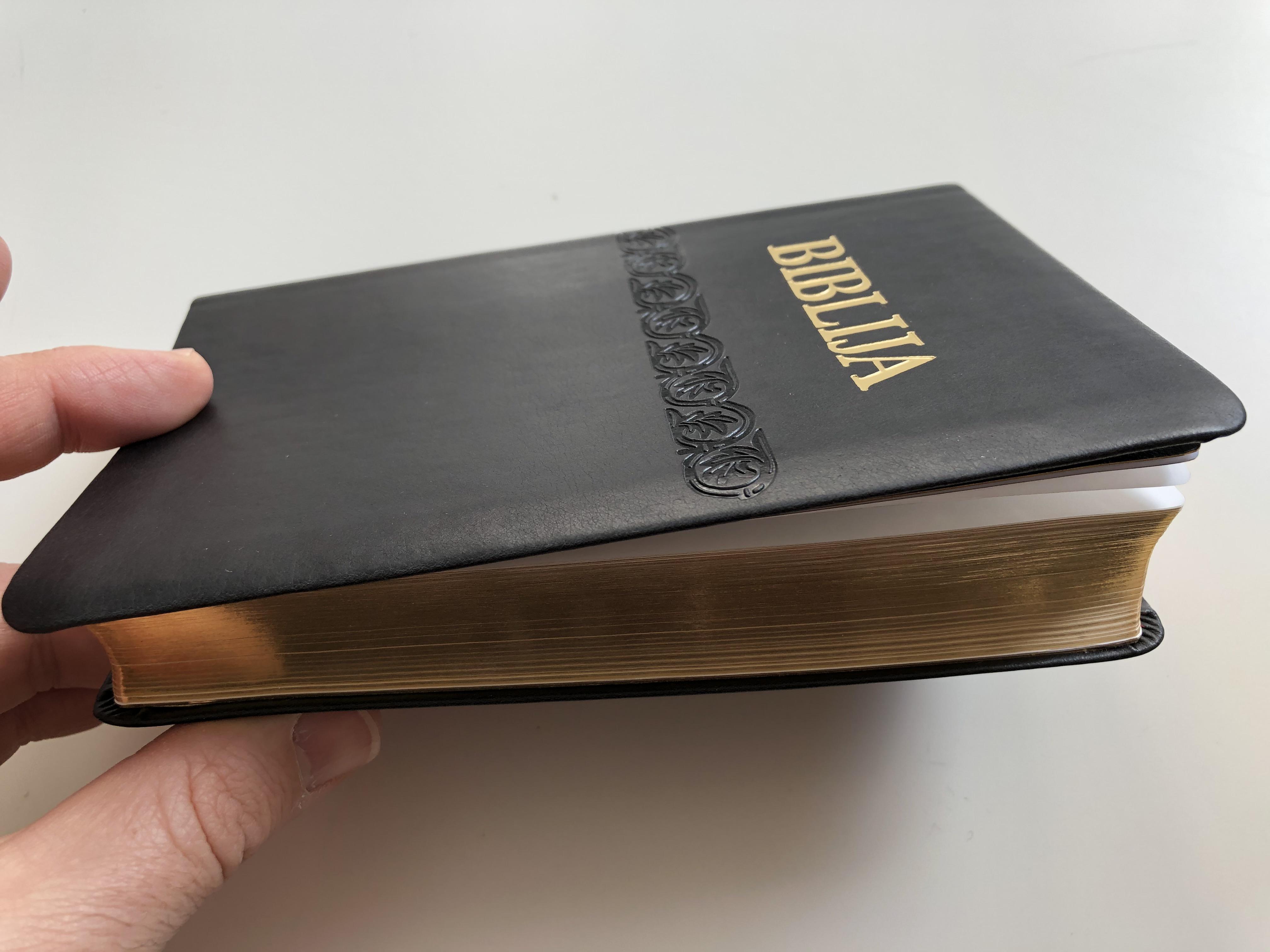 biblija-holy-bible-in-croatian-language-leather-bound-black-golden-edges-13.jpg