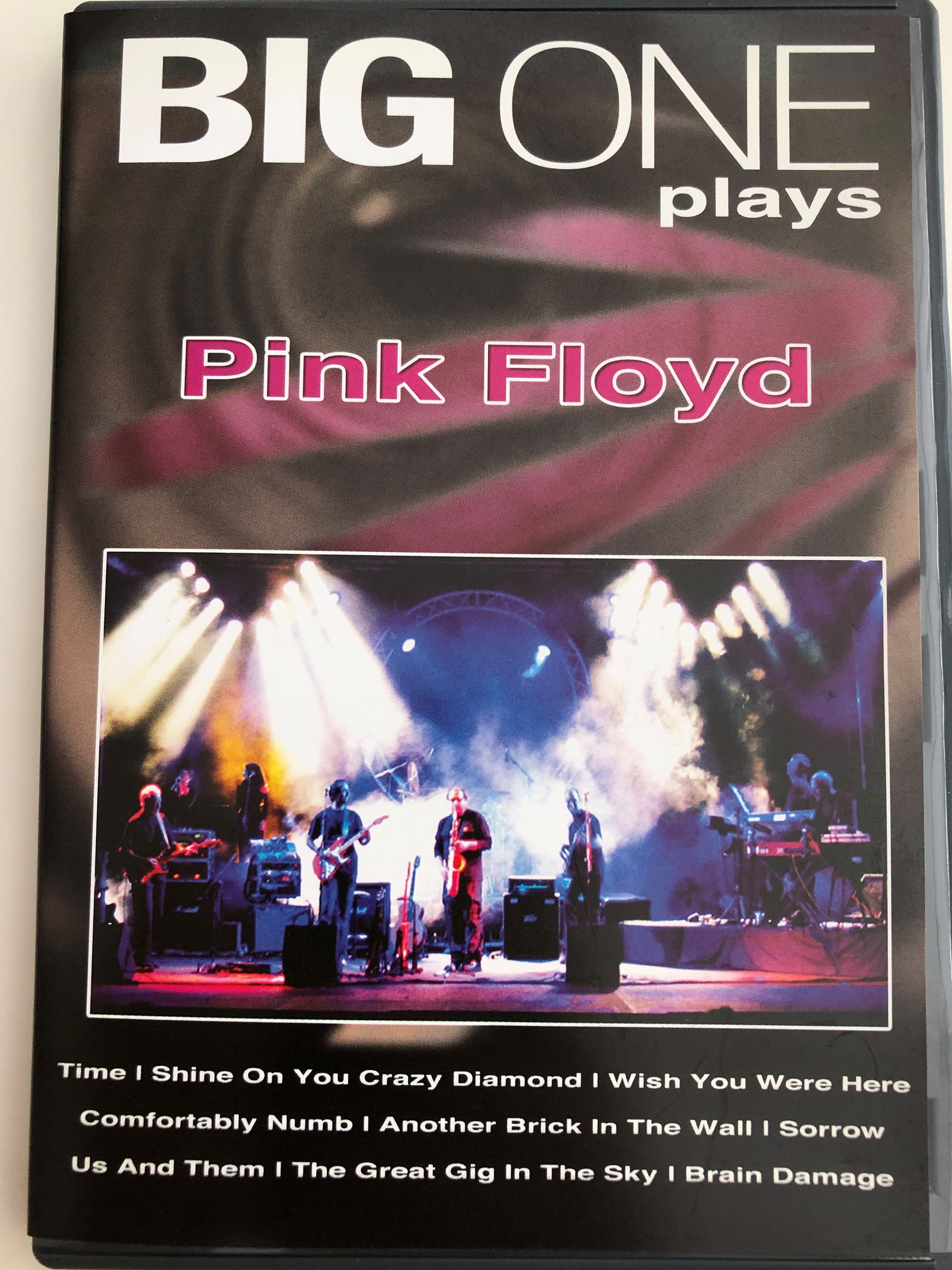 big-one-play-pink-floyd-dvd-live-on-tour-wish-you-were-here-comfortably-numb-another-brick-in-the-wall-1-.jpg
