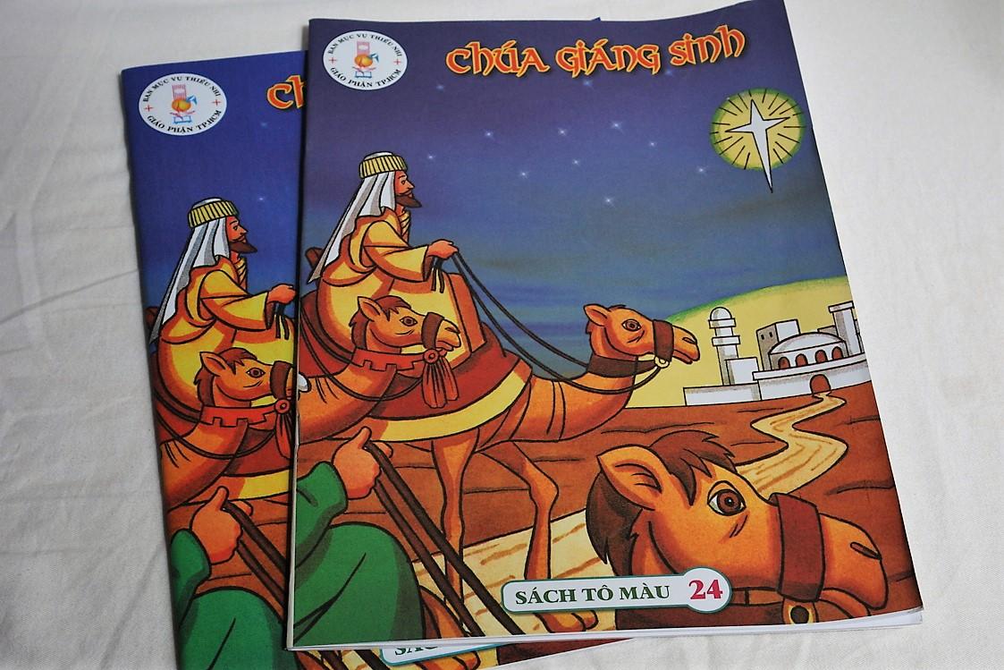 ch-a-gi-ng-sinh-christmas-bible-story-english-vietnamese-coloring-book-1.jpg