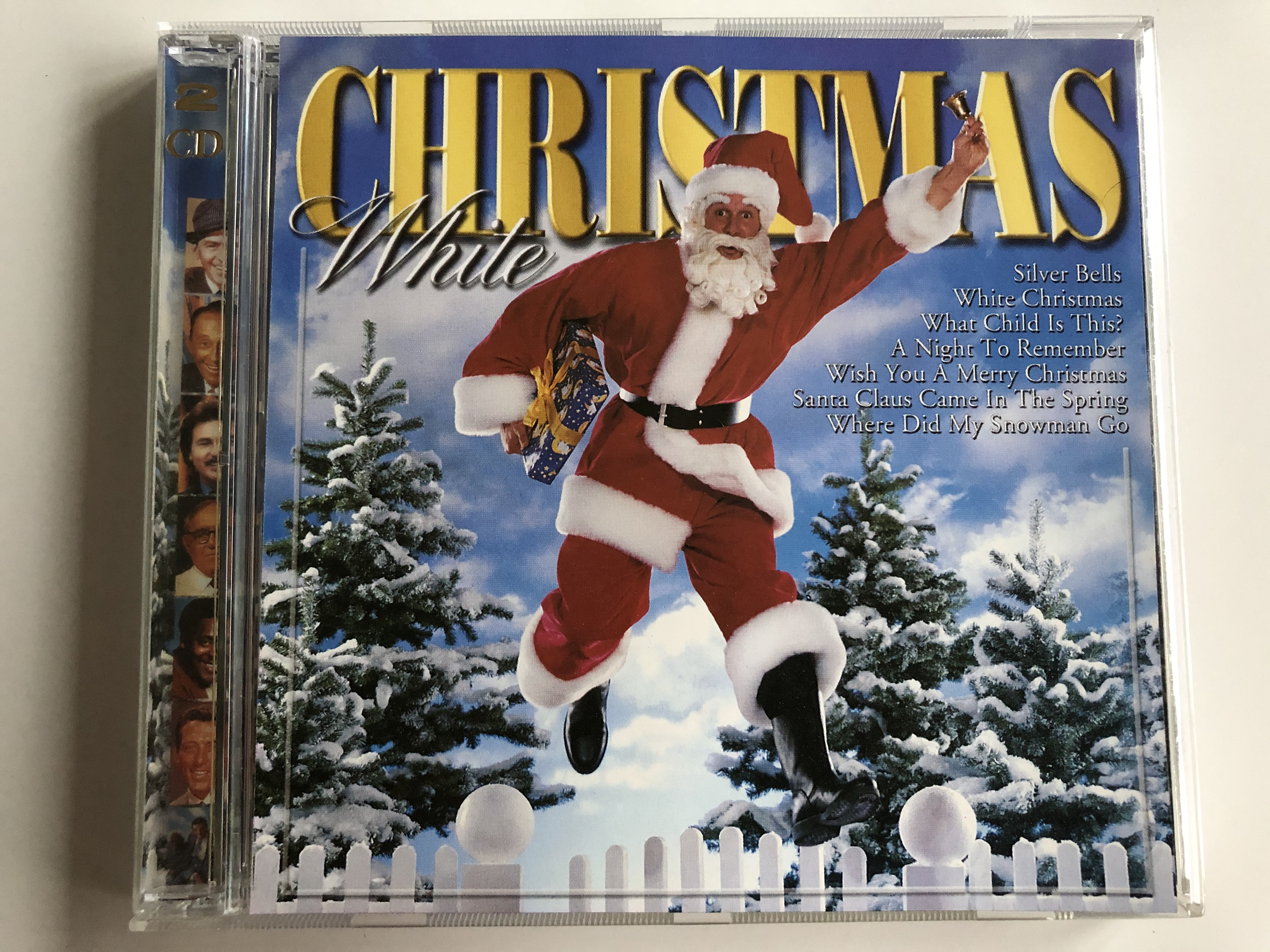 christmas-white-silver-bells-white-christmas-what-child-is-this-a-night-to-remember-wish-you-a-merry-christmas-santa-claus-came-in-the-spring-where-did-my-snowman-go-euro-trend-2x-audio-cd-1-.jpg