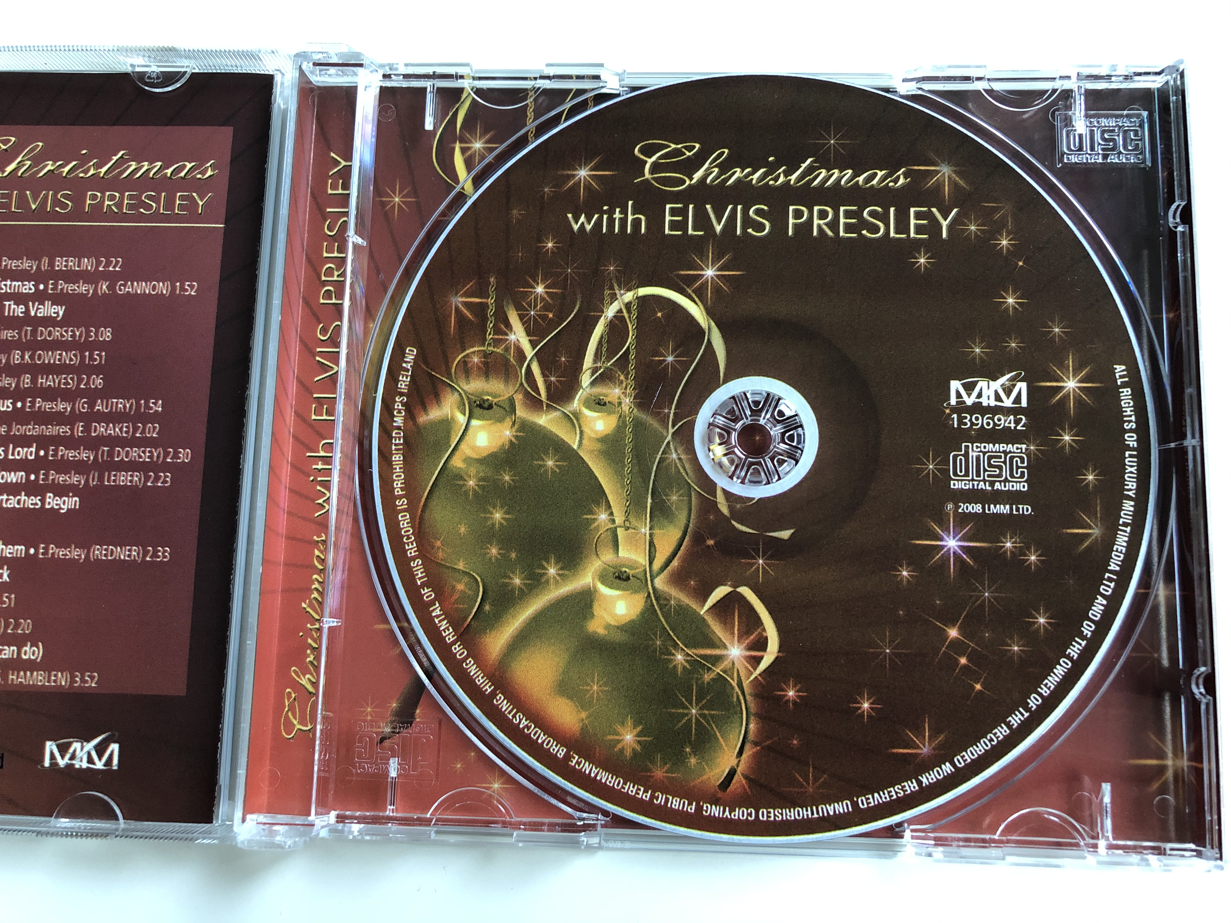 christmas-with-elvis-presley-white-christmas-santa-claus-is-back-in-town-silent-night-lmm-audio-cd-2008-1396942-3-.jpg