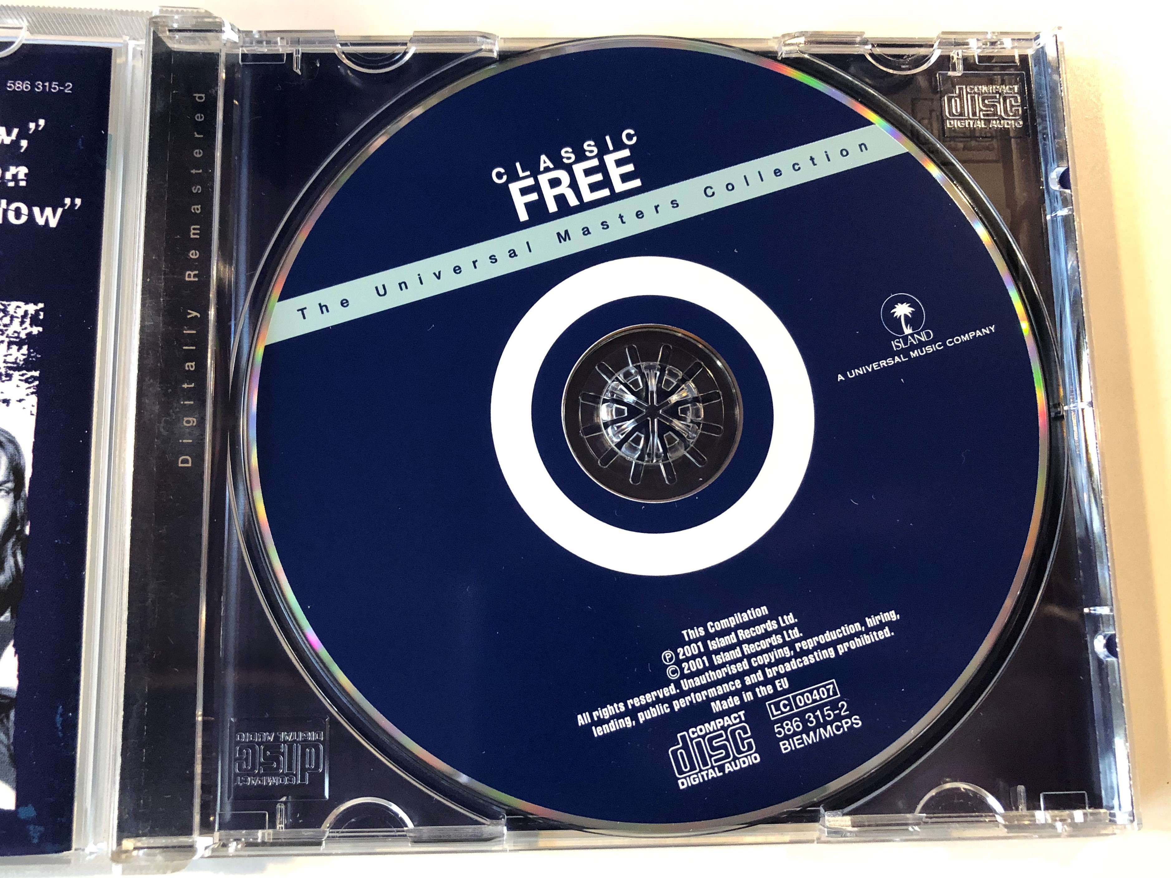 classic-free-the-universal-masters-collection-island-records-audio-cd-2001-586-315-2-2-.jpg
