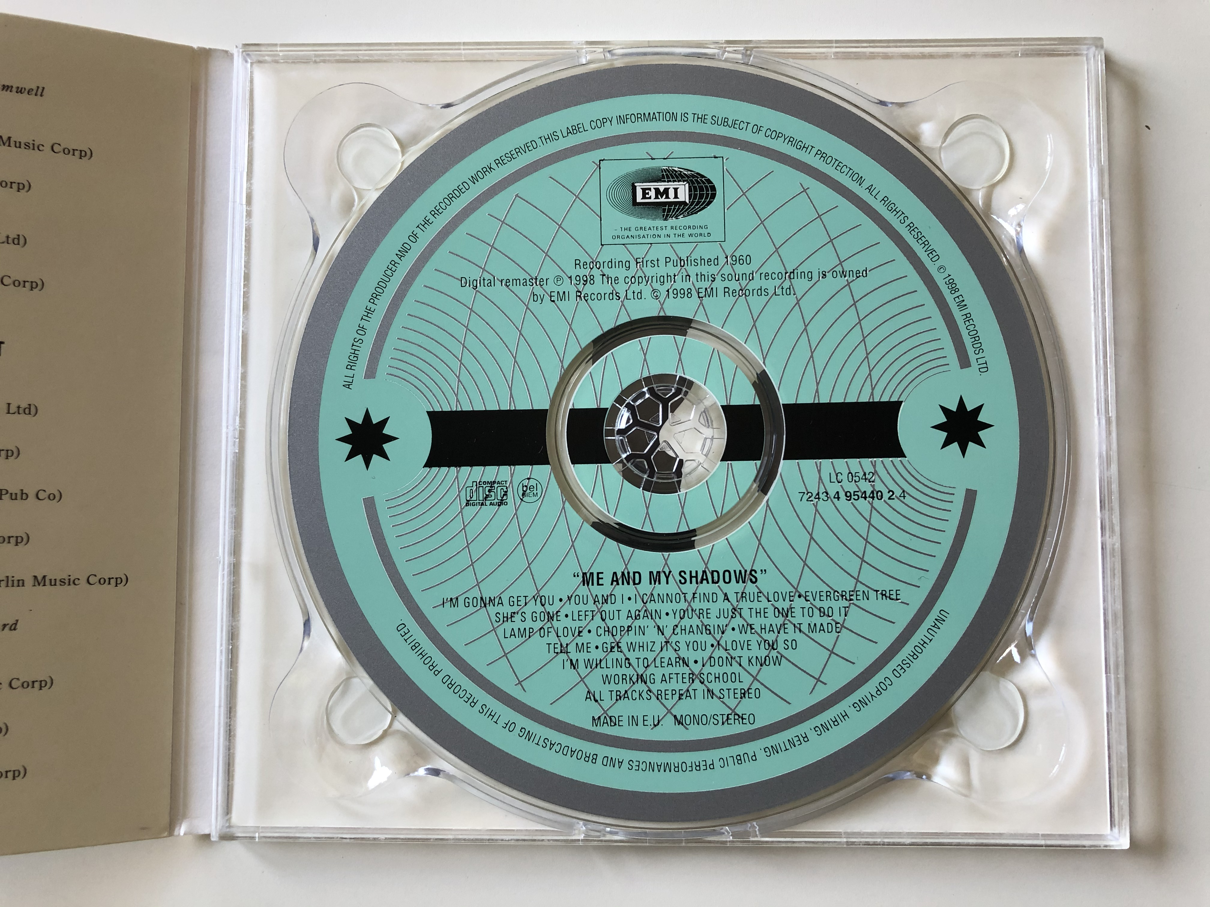 cliff-richard-and-the-shadows-me-and-my-shadows-emi-audio-cd-1998-mono-stereo-724349544024-3-.jpg