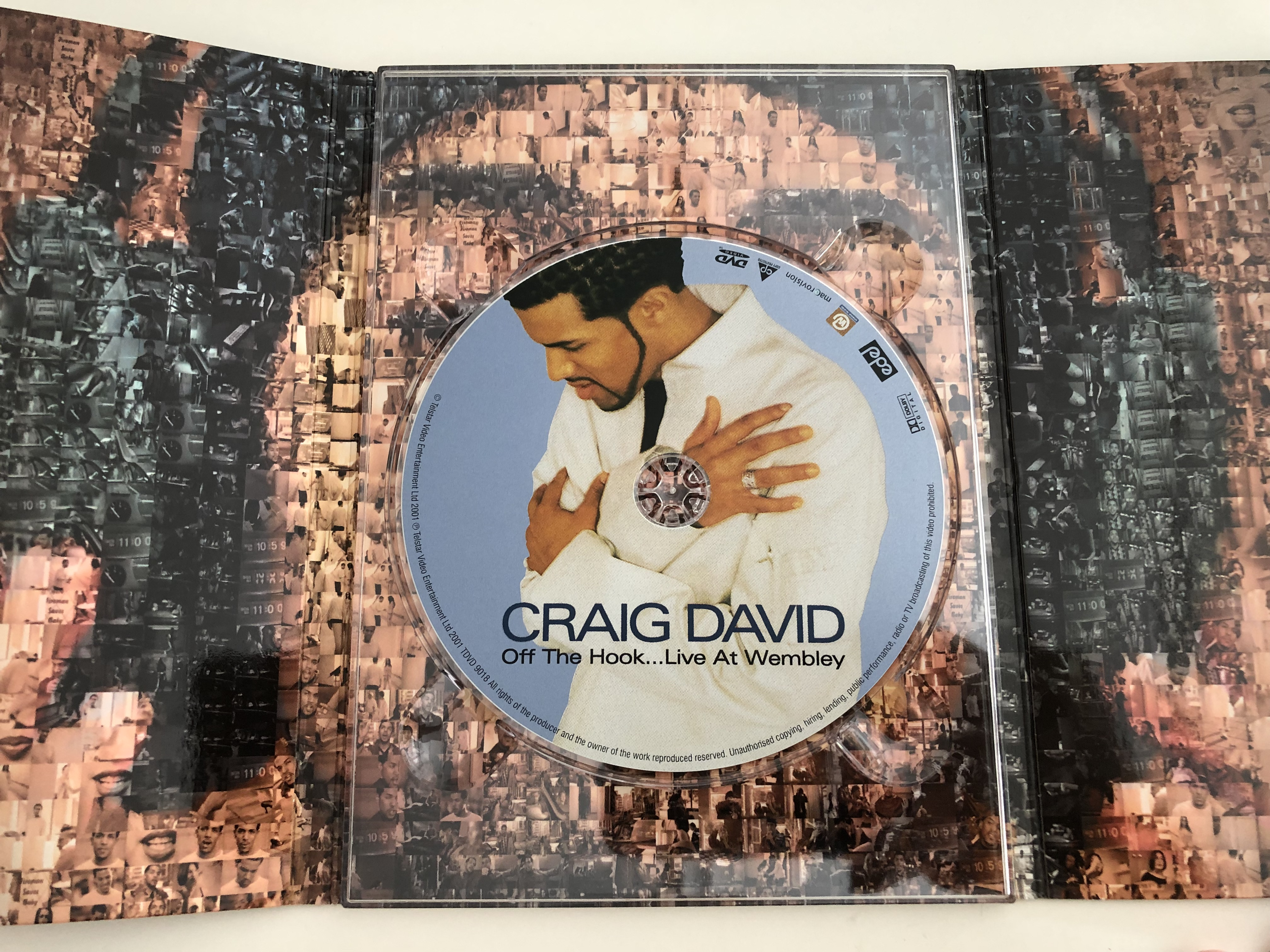 craig-david-off-the-hook-live-at-wembley-dvd-2001-over-200-minutes-of-essential-viewing-2-.jpg