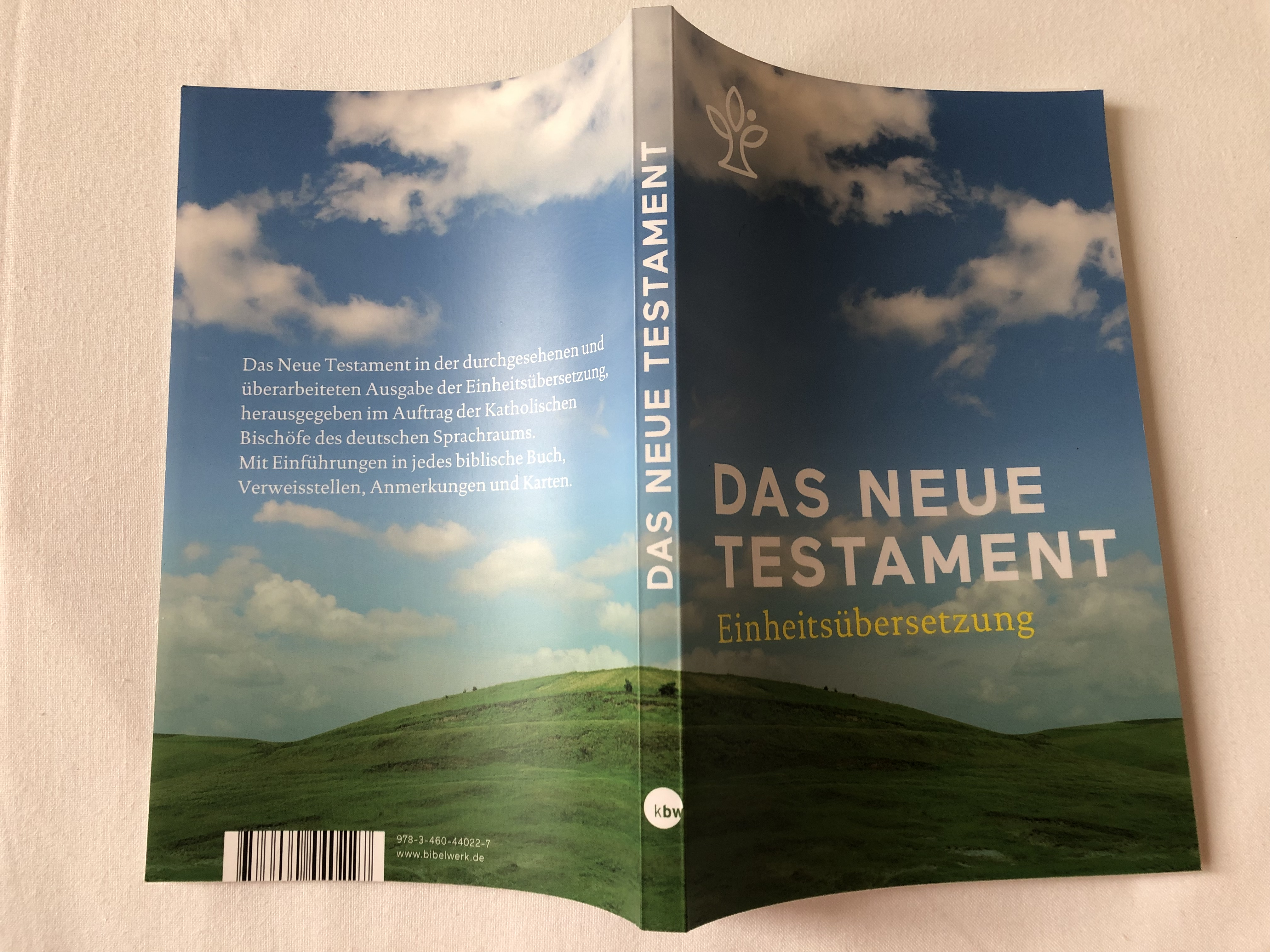 das-neue-testament-einheits-bersetzung-2.auflage-the-new-testament-in-german-unitary-translation-2nd-edition-book-introductions-references-notes-and-maps-paperback-2018-kbw-2-.jpg