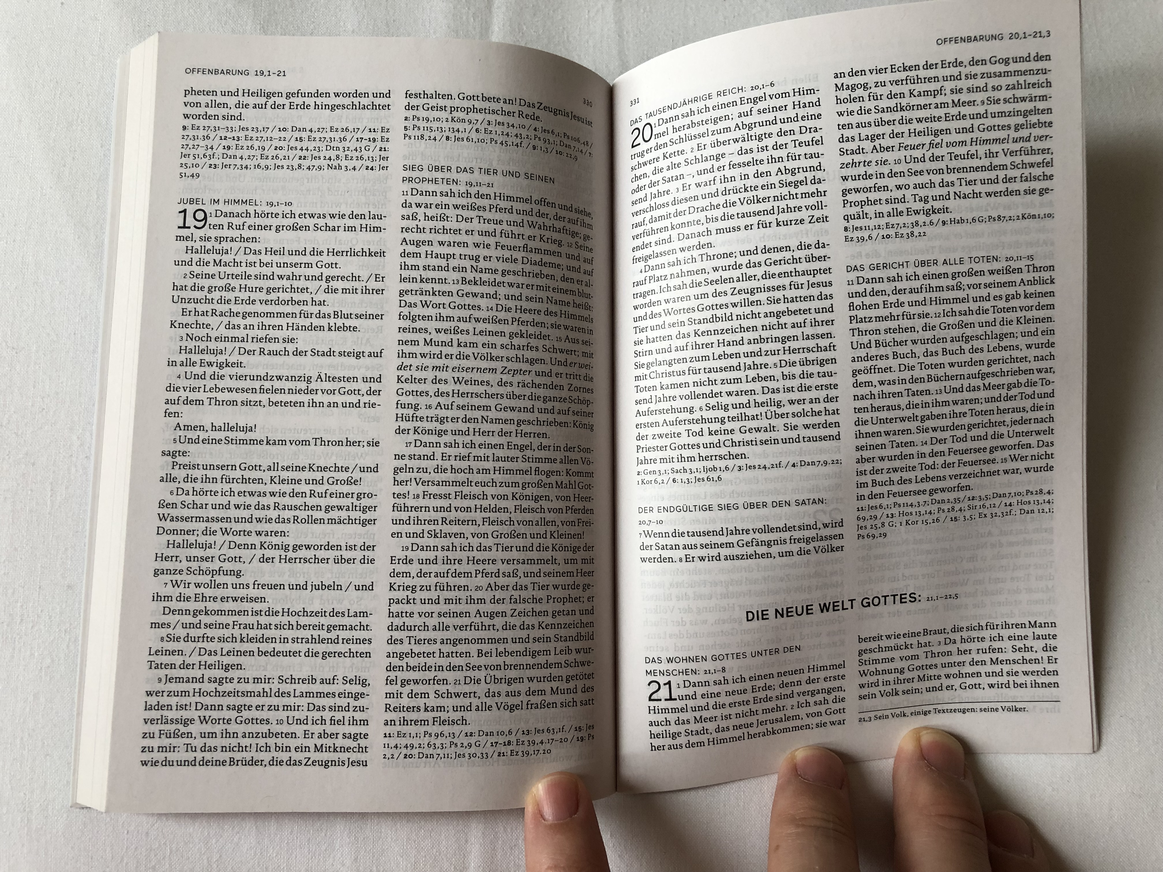 das-neue-testament-einheits-bersetzung-2.auflage-the-new-testament-in-german-unitary-translation-2nd-edition-book-introductions-references-notes-and-maps-paperback-2018-kbw-9-.jpg