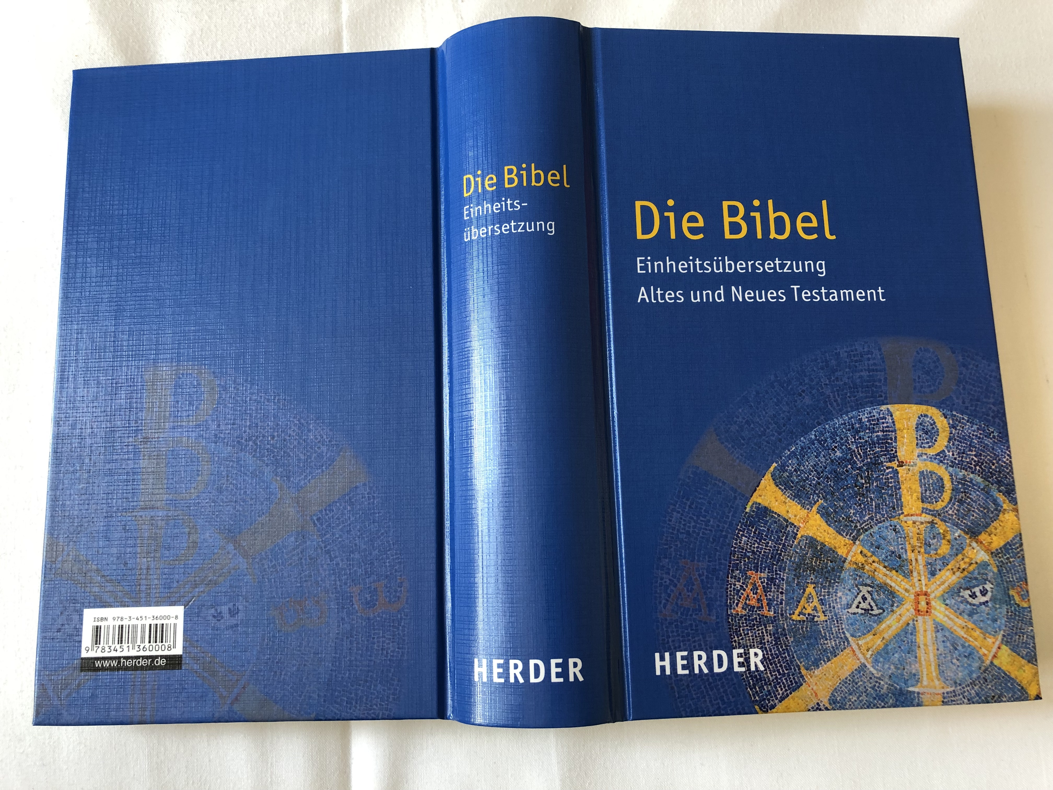 die-bibel-einheits-bersetzung-altes-und-neues-testament-german-language-holy-bible-unitary-translation-contains-deuterocanonical-books-with-book-introductions-maps-notes-bible-history-timetable-hardcover-2016-herde-7471221-.jpg