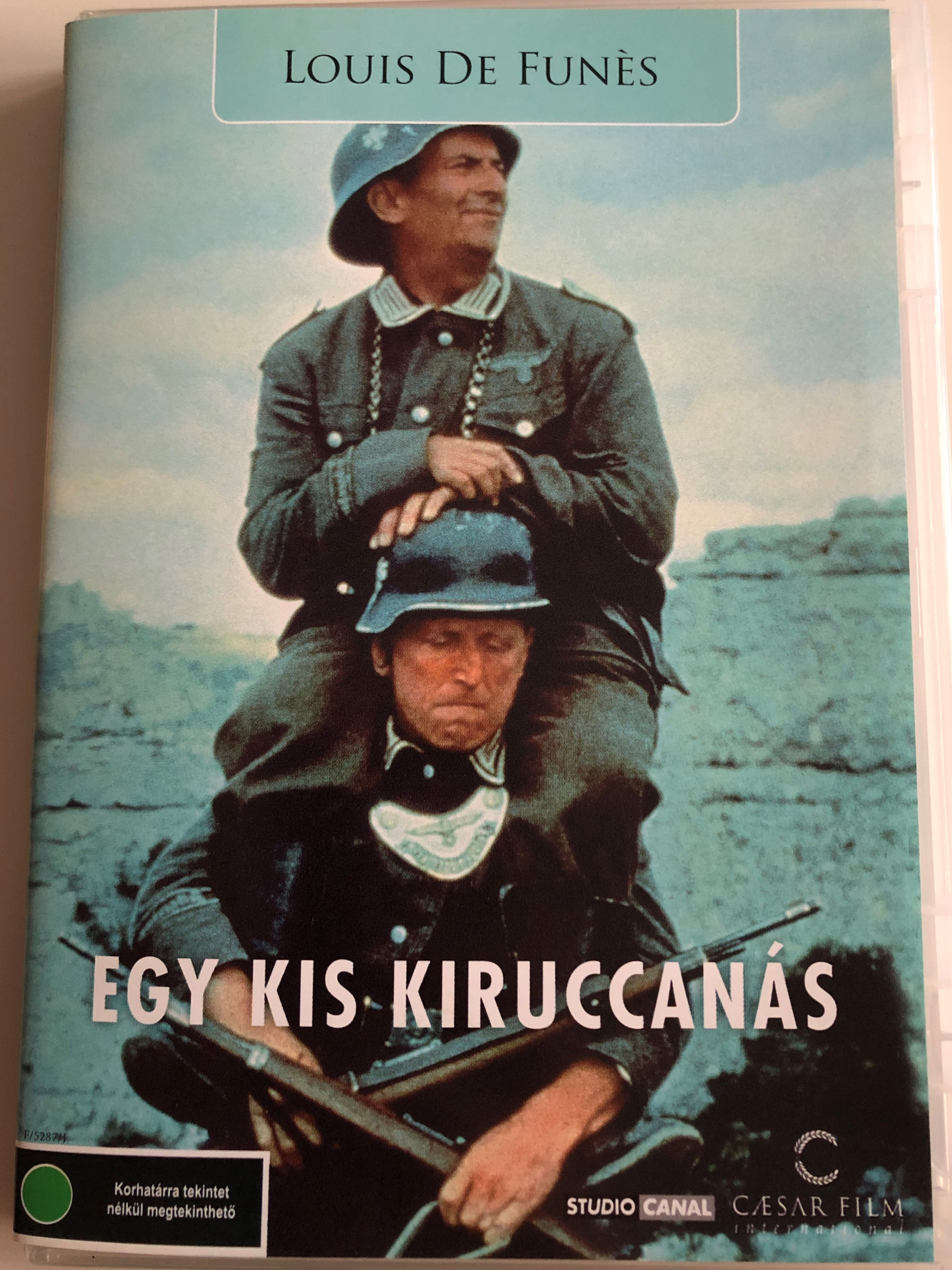 egy-kis-kiruccan-s-la-grande-vadrouille-dvd-1966-directed-by-g-rard-oury-1.jpg