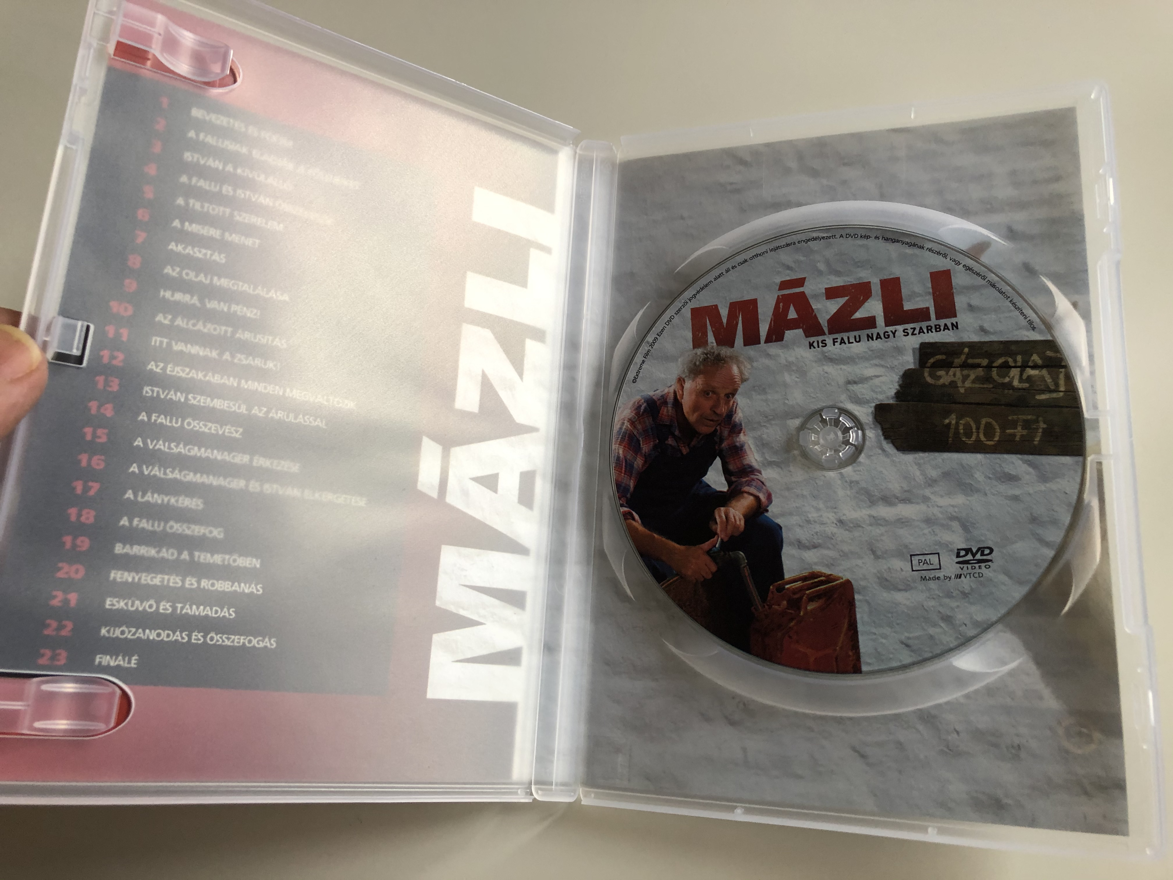 fluke-dvd-2008-m-zli-directed-by-kem-nyffy-tam-s-2.jpg