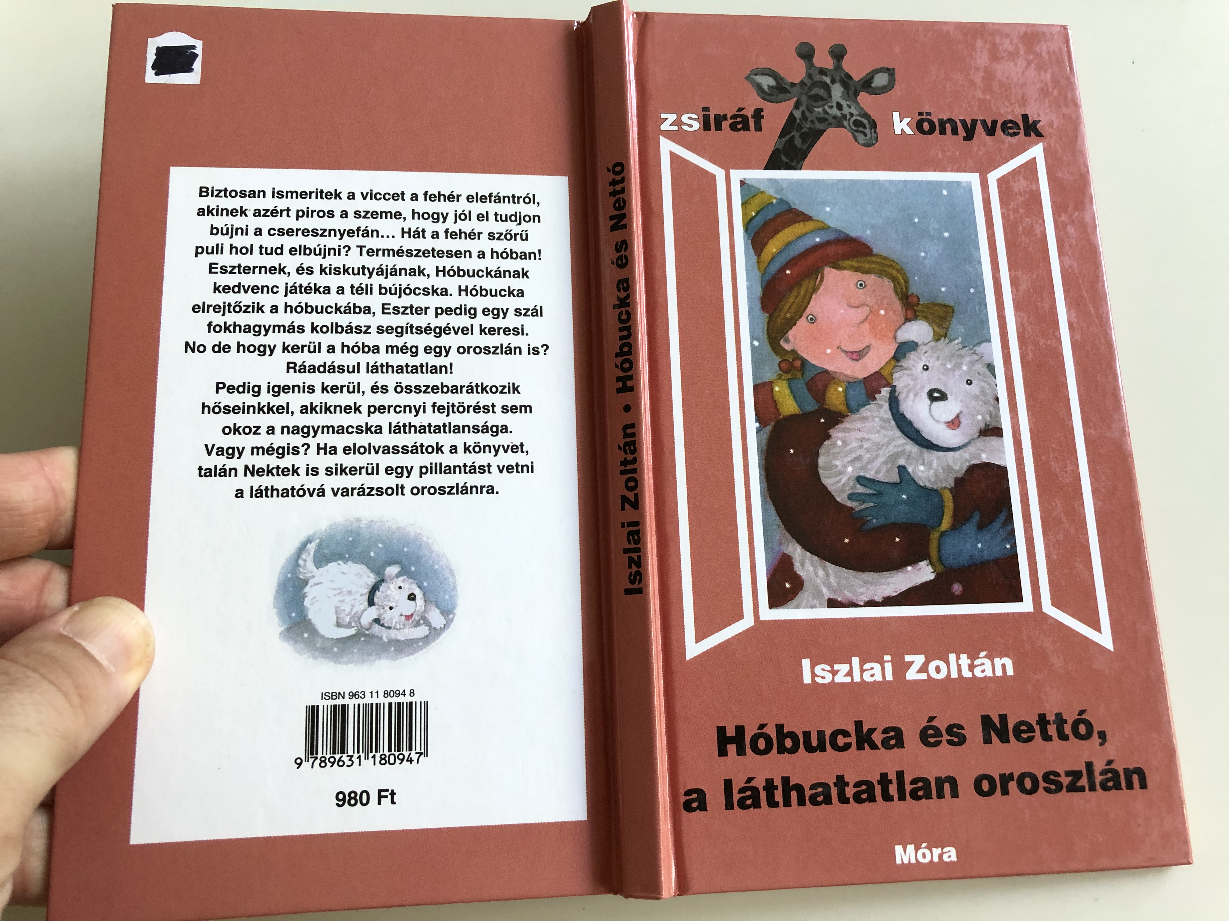 h-bucka-s-nett-a-l-thatatlan-oroszl-n-by-iszlai-zolt-n-hungarian-stories-about-an-invisible-lion-zsir-f-k-nyvek-m-ra-k-nyvkiad-2005-10-.jpg
