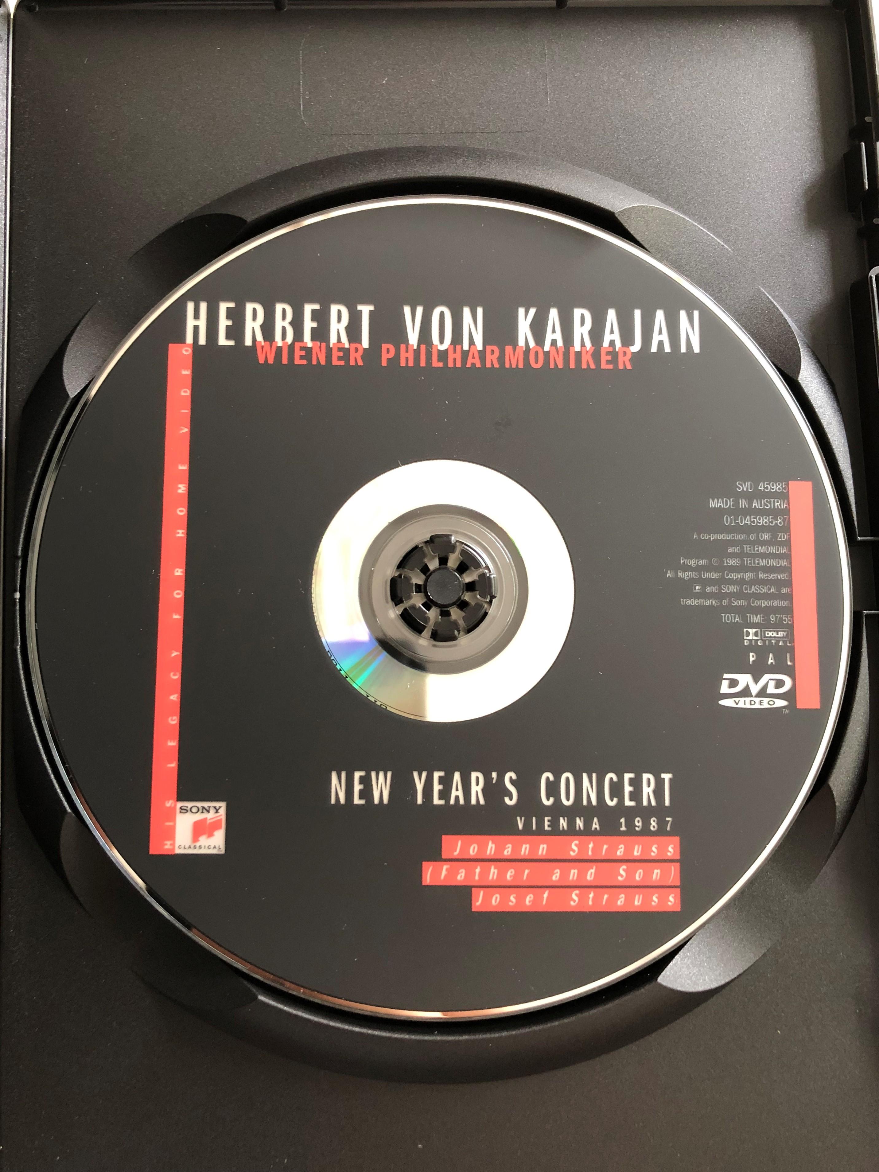 herbert-von-karajan-new-year-s-eve-concert-dvd-1987-wiener-philharmoniker-directed-by-gunter-hermanns-johann-strauss-father-and-son-josef-strauss-svd-45985-2-.jpg