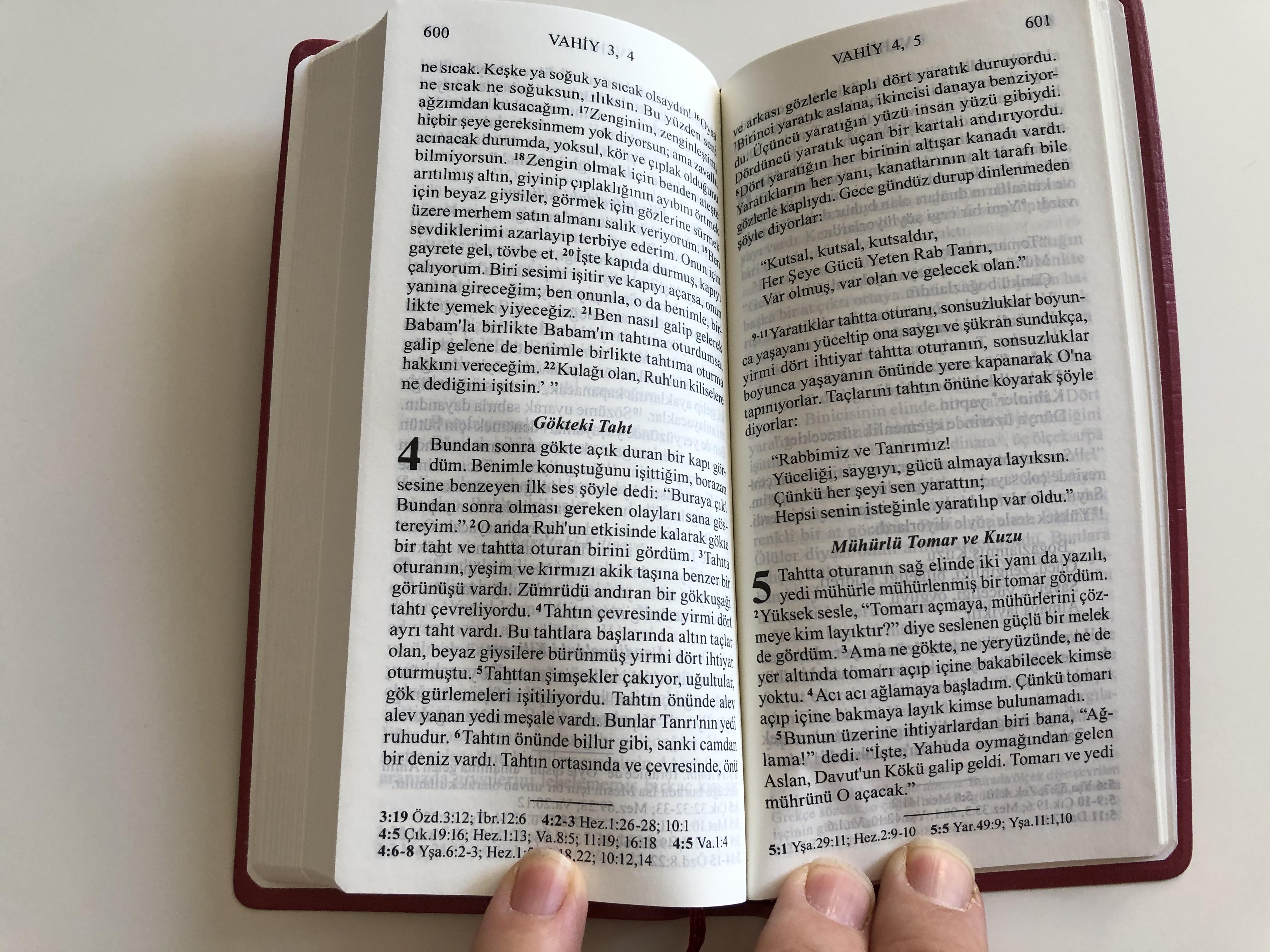 incil-turkish-new-testament-pocket-size-vinyl-bound-red-9-.jpg