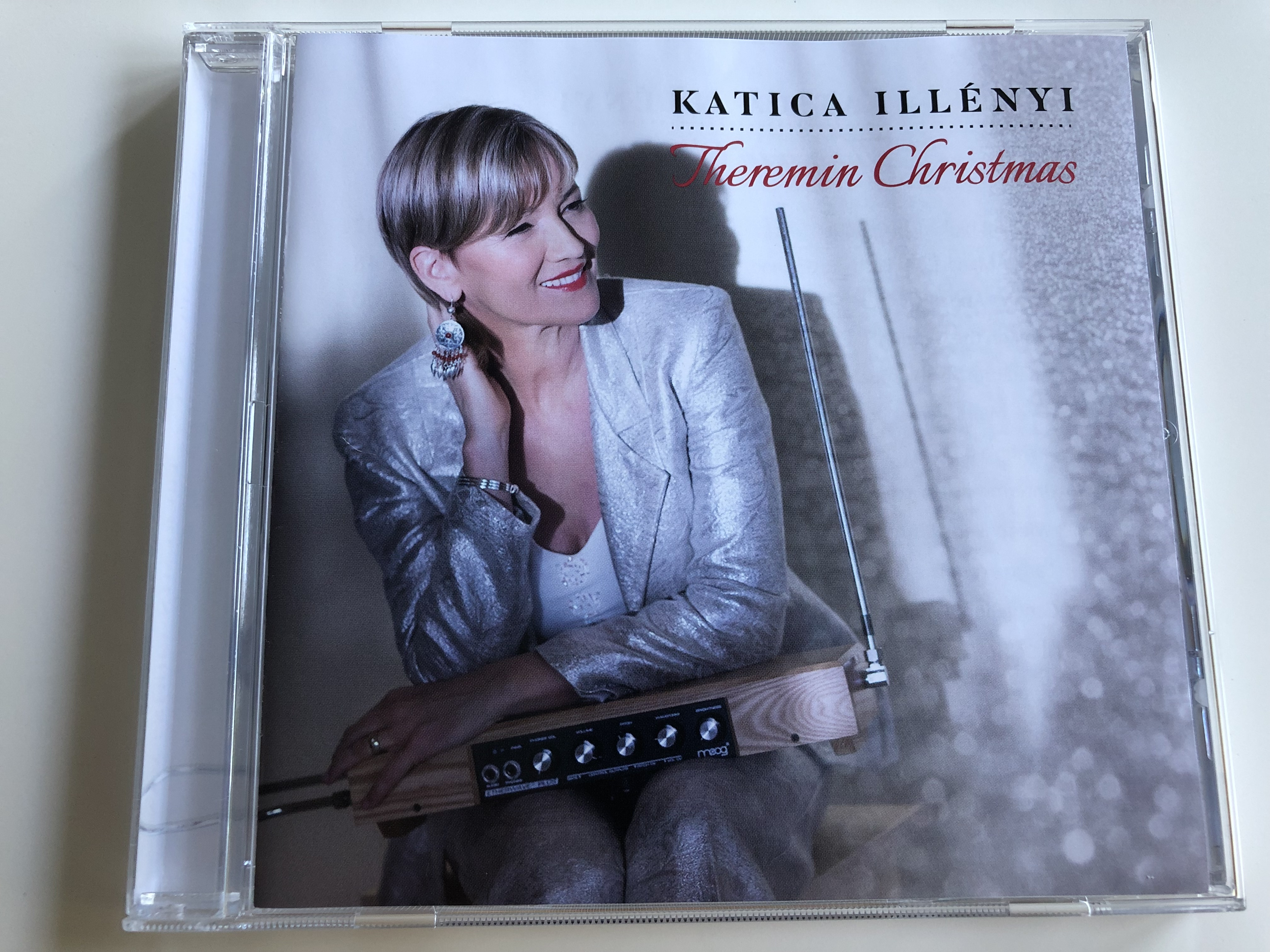 katica-ill-nyi-theremin-christmas-silent-night-air-on-the-g-string-white-christmas-audio-cd-2016-1-.jpg