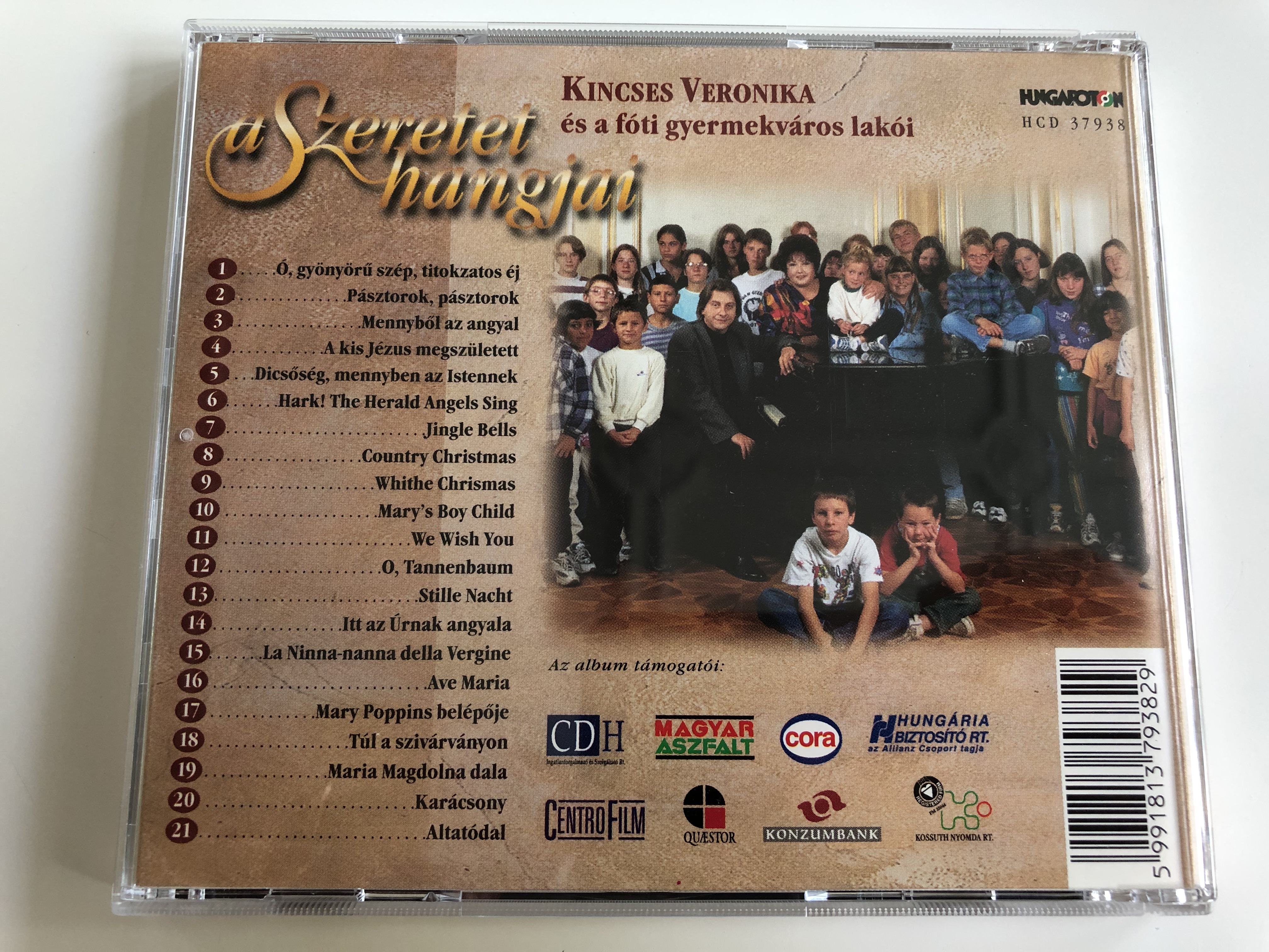 kincses-veronika-s-a-f-ti-gyermekv-ros-lak-i-a-szeretet-hangjai-hungaroton-hcd37938-hungarian-christmas-songs-and-other-popular-songs-7-.jpg