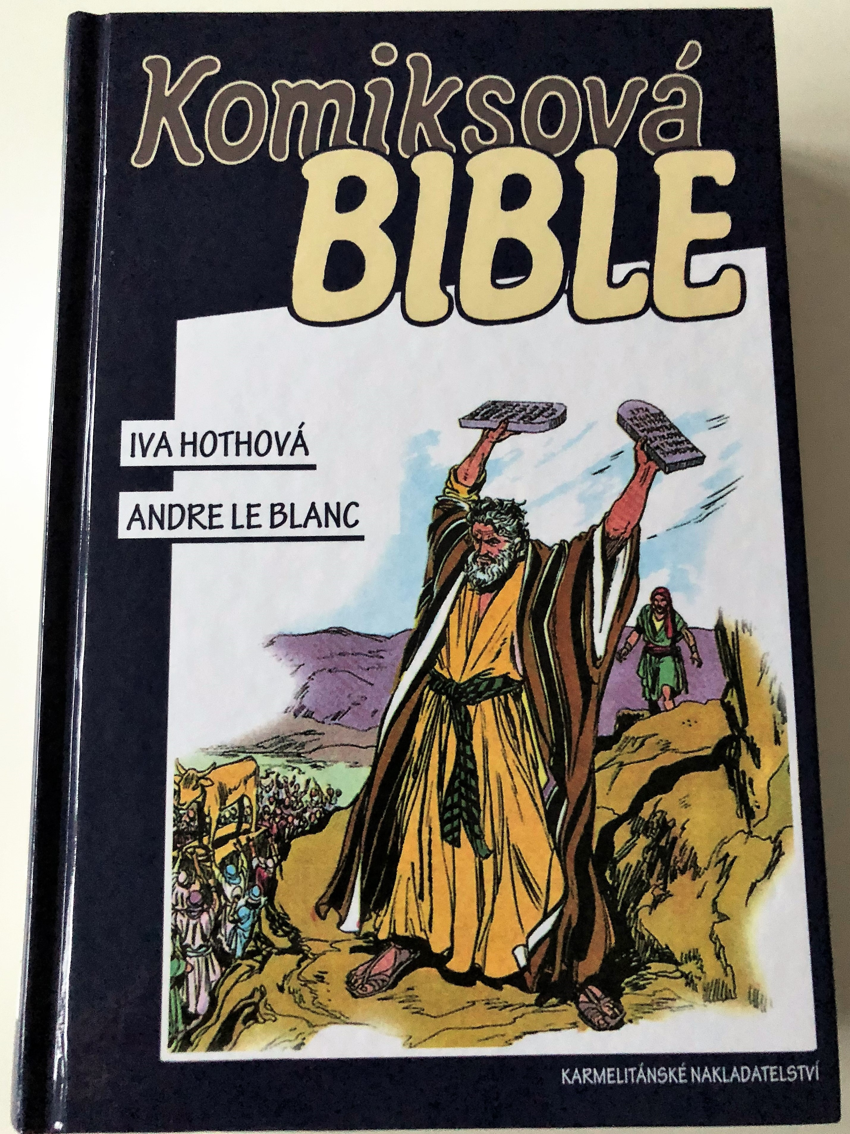 komiksov-bible-czech-edition-of-the-picture-bible-from-david-c.-cook-publishing-czech-language-bible-comic-for-children-and-teenagers-hardcover-2014-1-.jpg