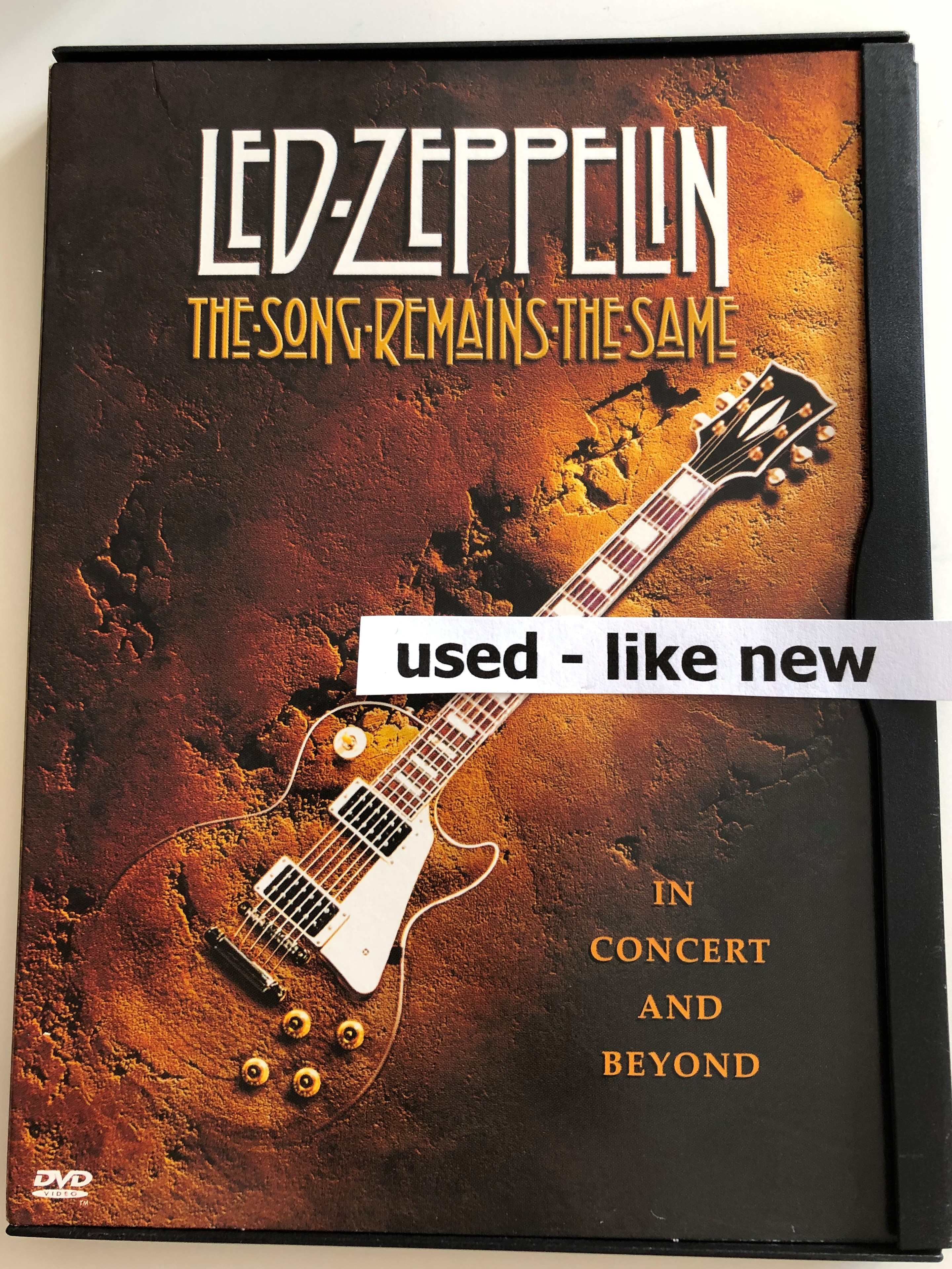 led-zeppelin-the-song-remains-the-same-dvd-1976-in-concert-and-beyond-2.jpg