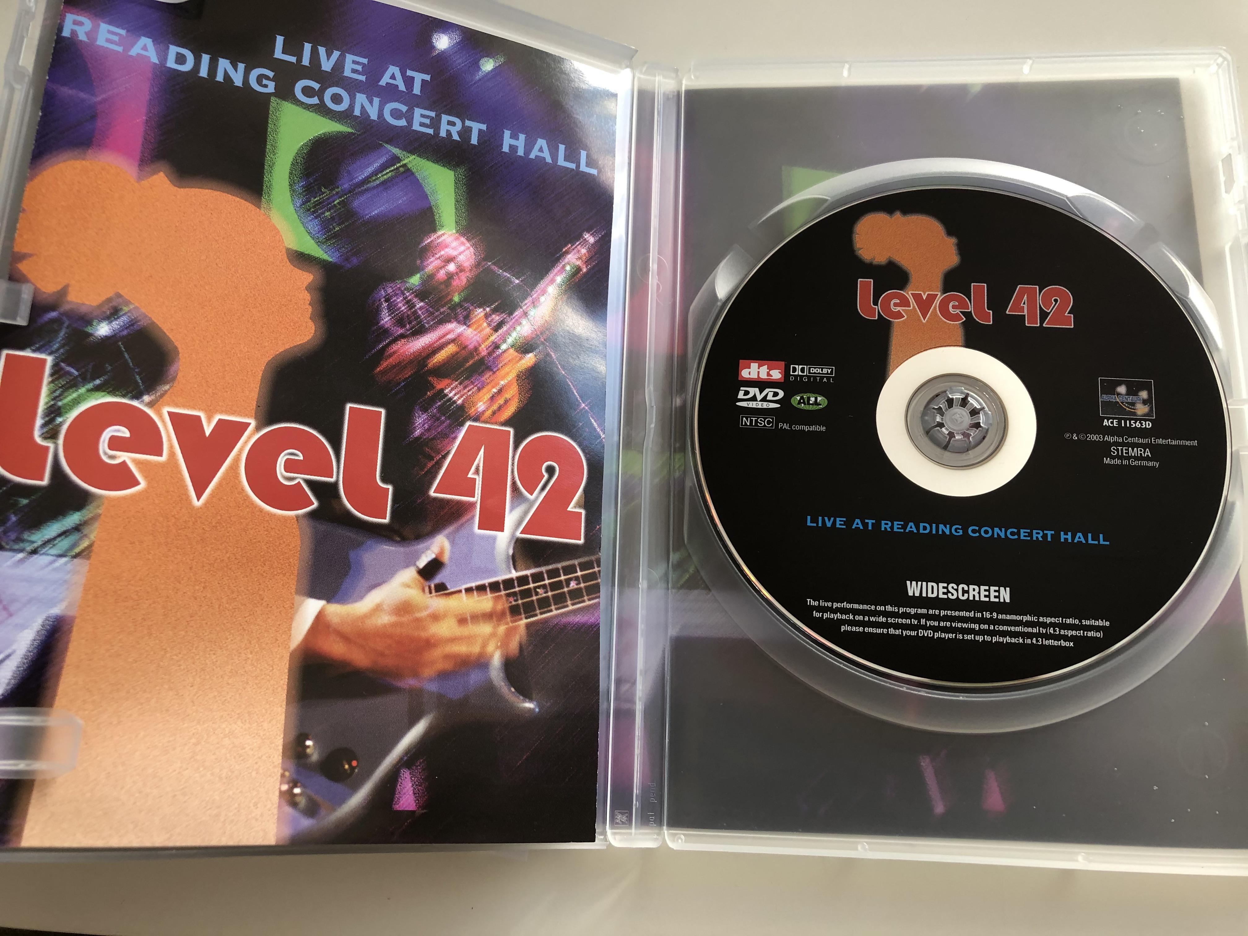 level-42-dvd-2001-live-at-reading-concert-hall-3.jpg