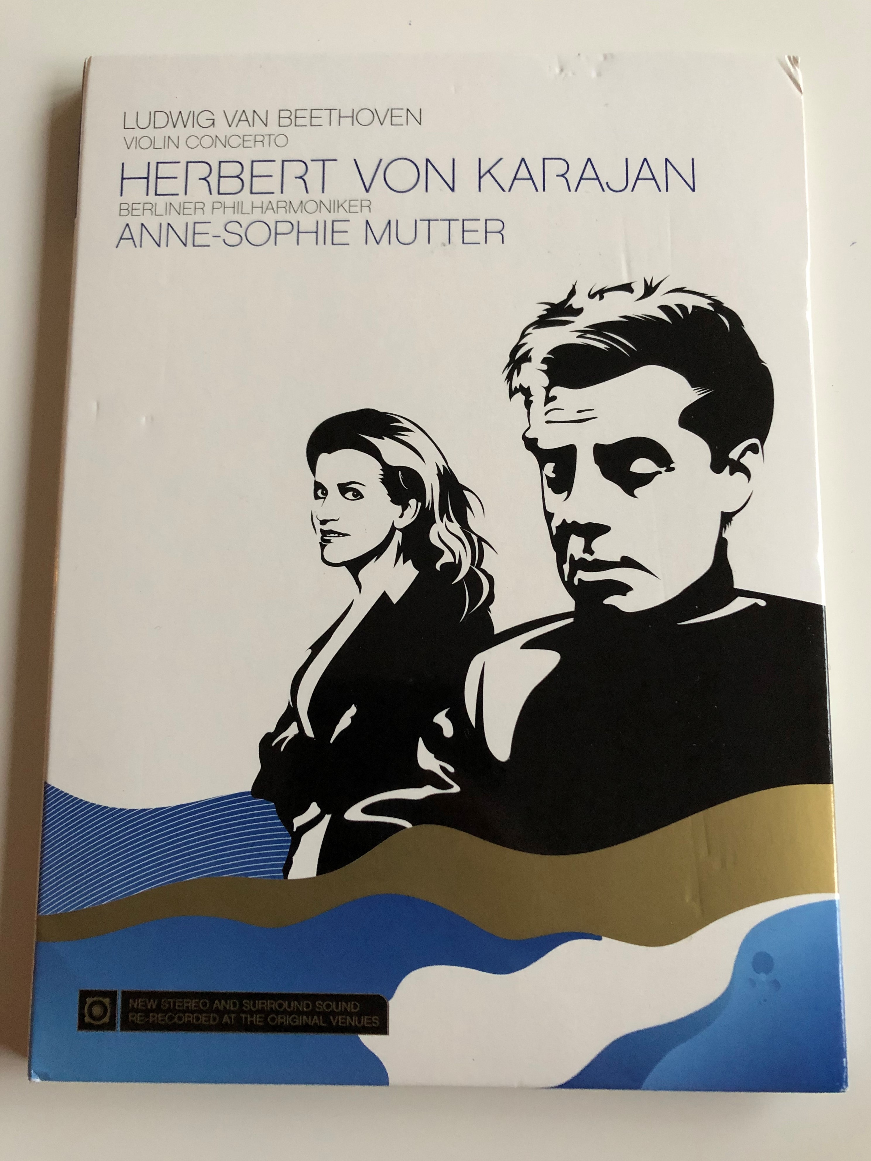 ludwig-van-beethoven-violin-concerto-op-61-dvd-2007-herbert-von-karajan-anne-sophie-mutter-violin-berlin-philharmoniker-1-.jpg