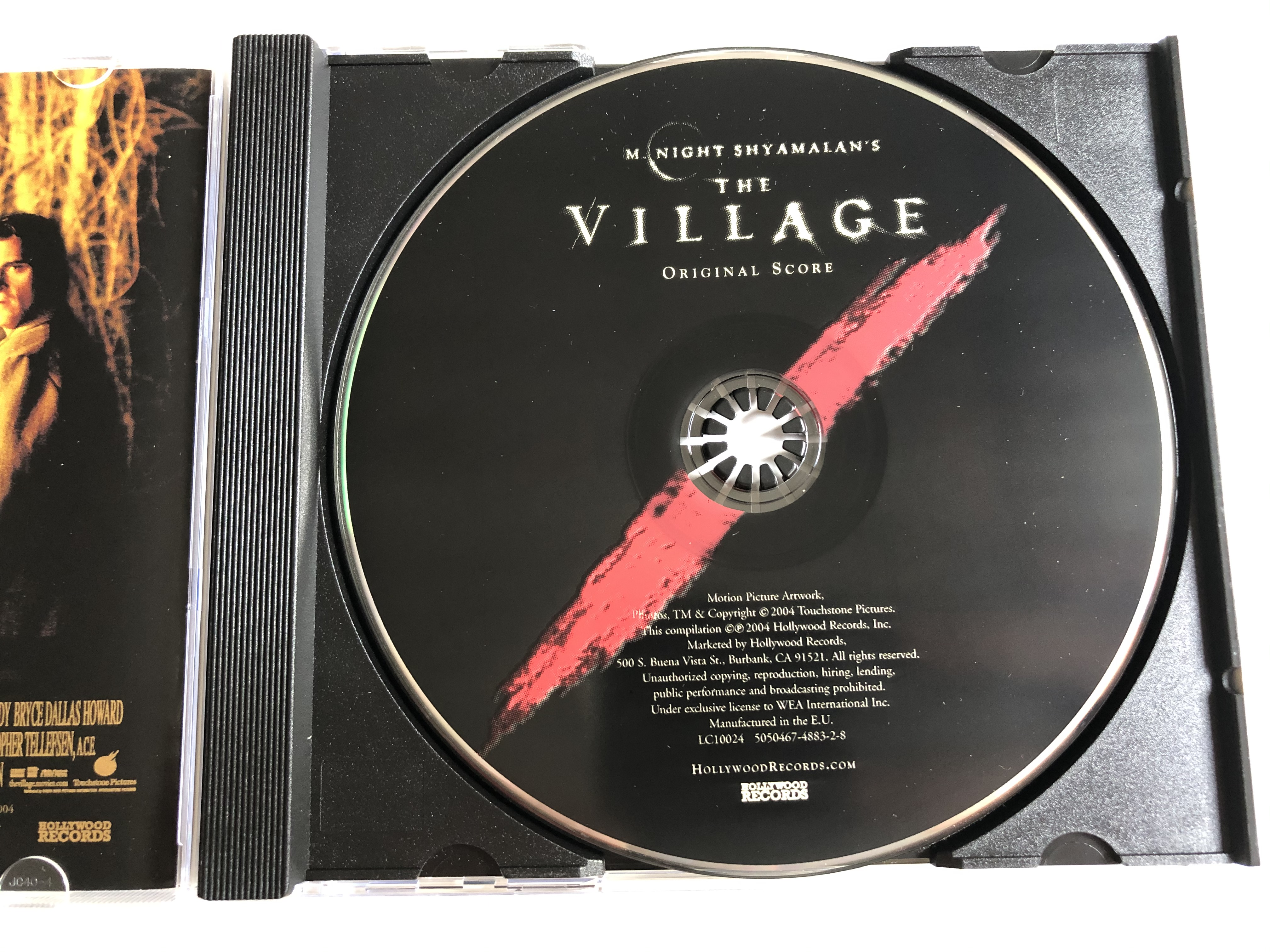 m.-night-shyamalan-s-the-village-music-composed-by-james-newton-howard-featured-violinist-hilary-hahn-hollywood-records-audio-cd-2004-5050467-4883-2-8-5-.jpg