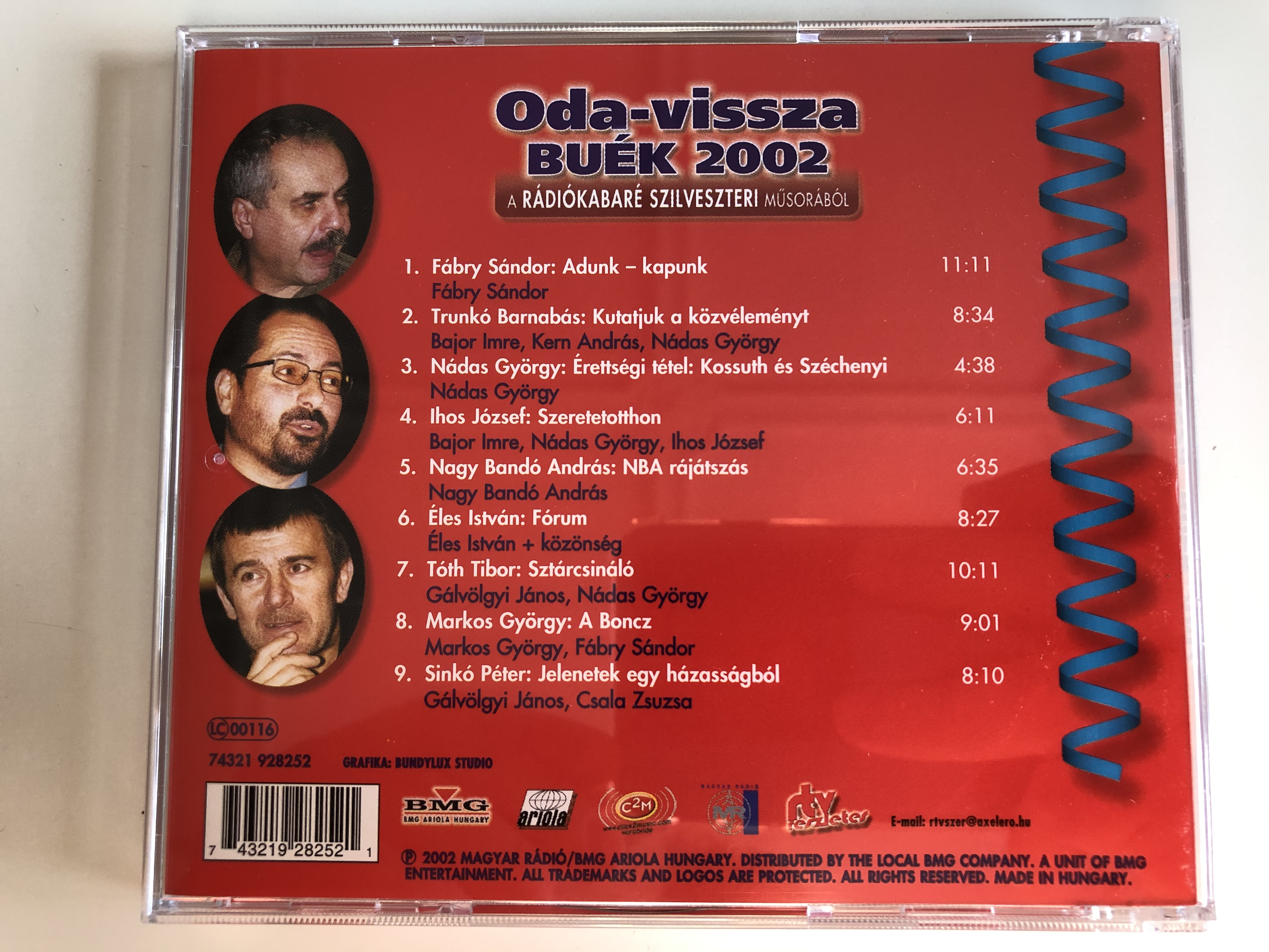 oda-vissza-buek-2002-a-radiokabare-szilveszteri-musorabol-szovivo-fabry-sandor-szerkeszto-rendezo-farkashazy-tivadar-es-sinko-peter-magyar-radio-audio-cd-2002-74321-928252-5-.jpg