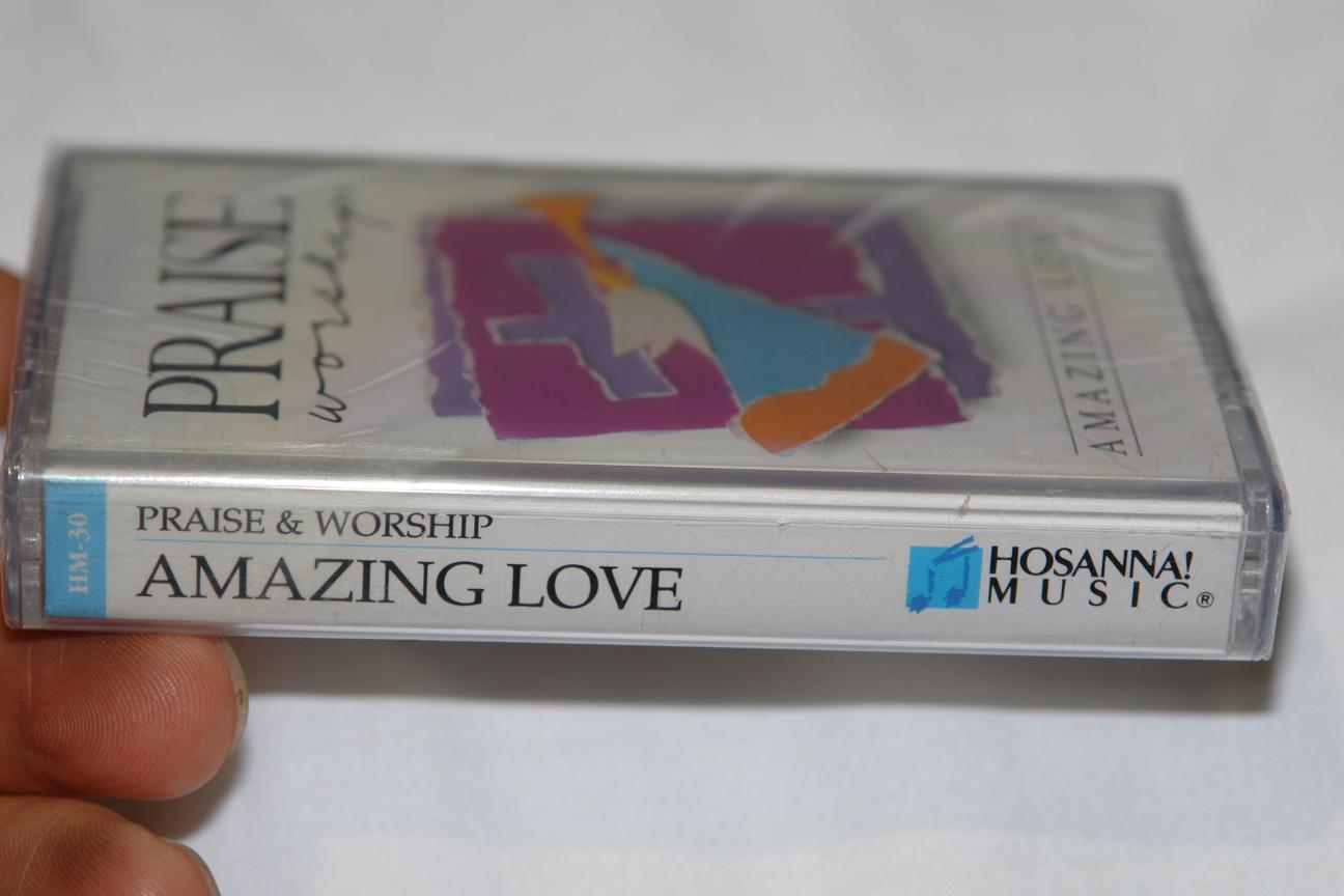 praise-worship-amazing-love-hosanna-music-audio-cassette-hm-30-3-.jpg