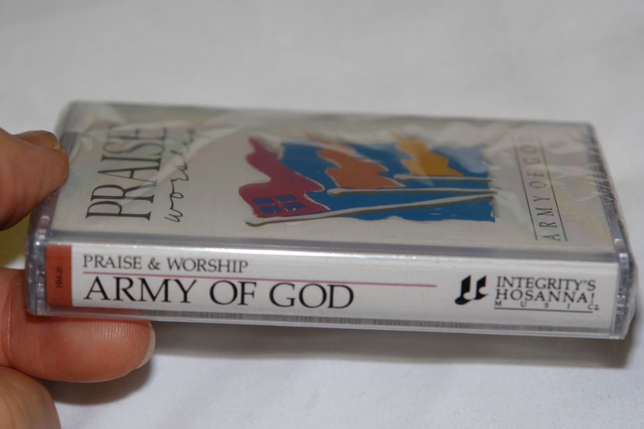 praise-worship-army-of-god-integrity-s-hosanna-music-audio-cassette-hm-20-2-.jpg