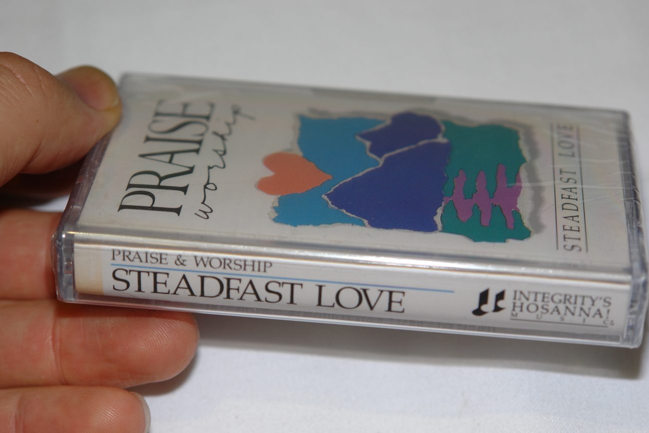 praise-worship-steadfast-love-integrity-s-hosanna-music-audio-cassette-3-.jpg