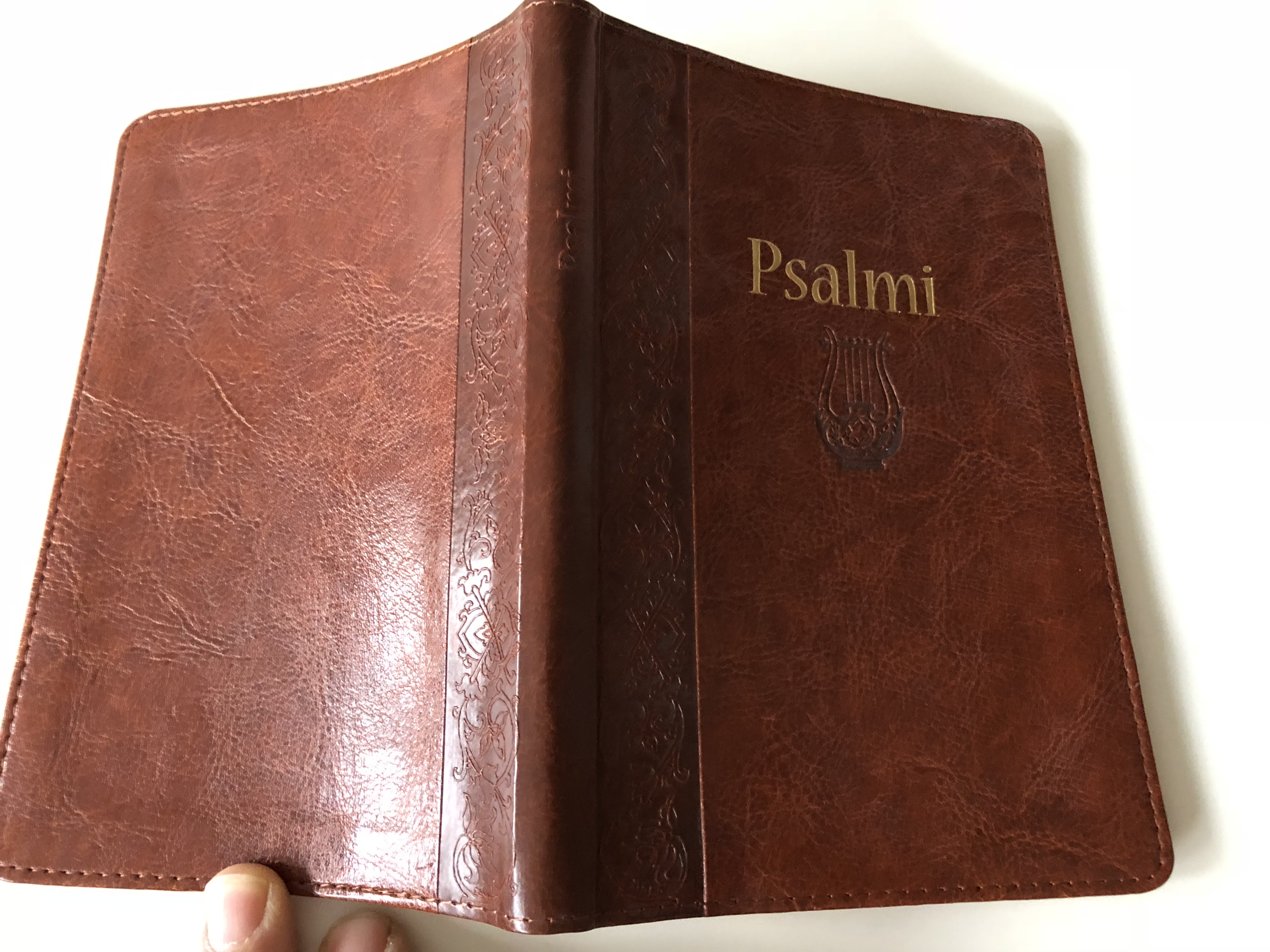 psalms-in-croatian-language-lectio-divina-and-introduction-to-the-psalms-brown-leather-bound-golden-edges-16-.jpg