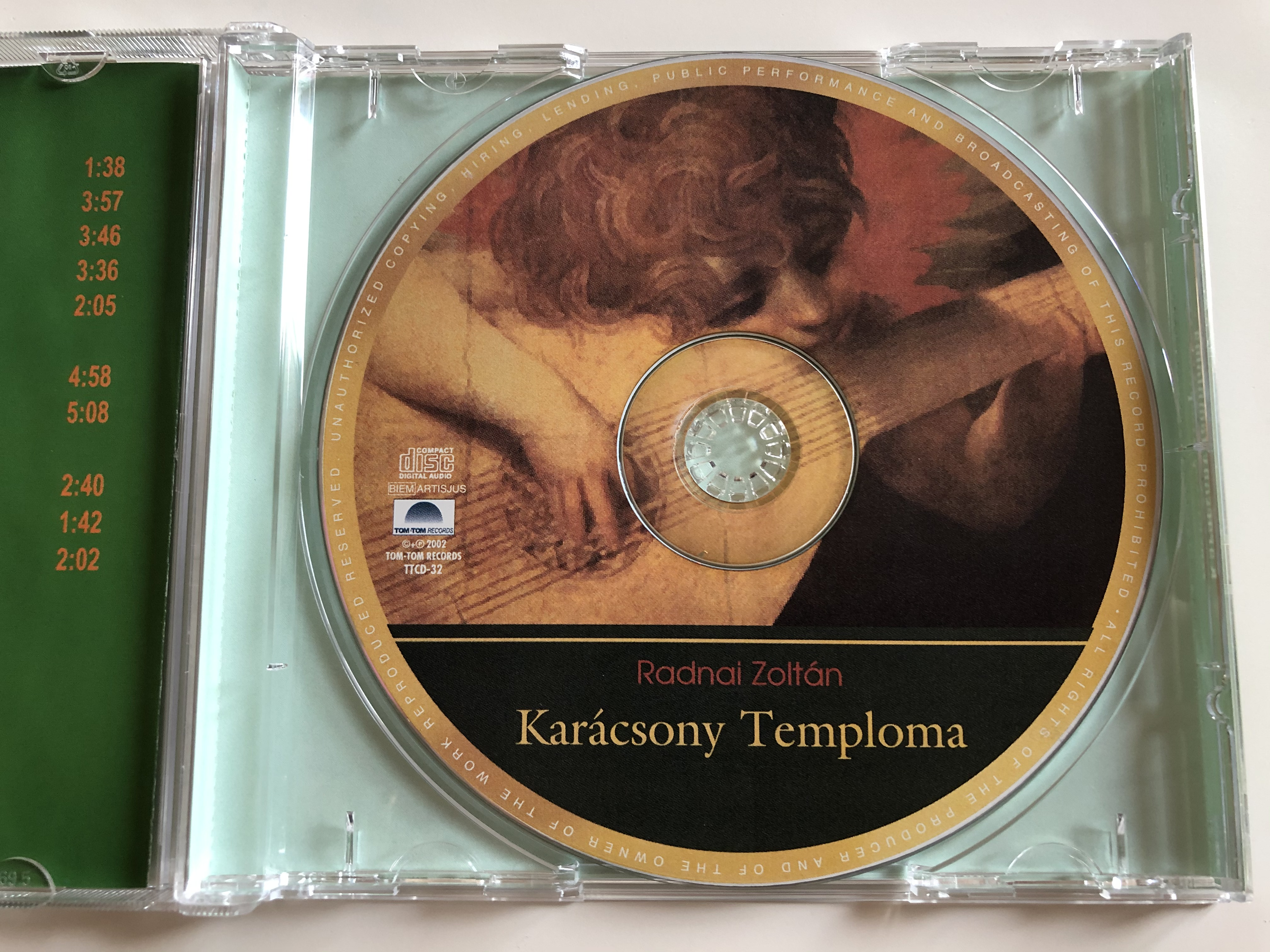 radnai-zolt-n-kar-csony-temploma-hagyom-nyos-s-klasszikus-kar-csonyi-dallamok-tom-tom-records-audio-cd-2002-ttcd-32-4-.jpg