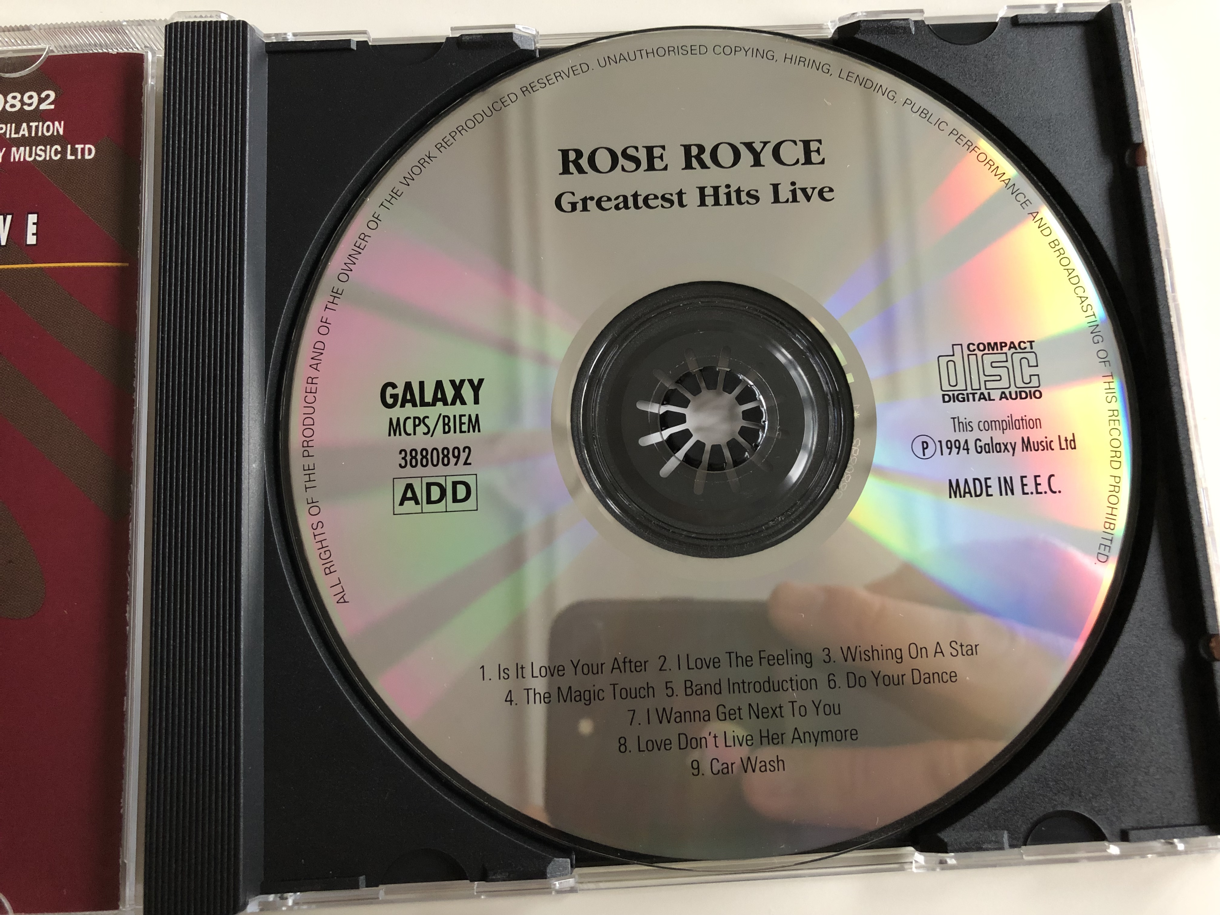 rose-royce-greatest-hits-live-audio-cd-1994-is-it-love-you-re-after-wishing-on-a-star-i-wanna-get-next-to-you-love-don-t-live-here-anymore-car-wash-the-starlight-collection-3-.jpg