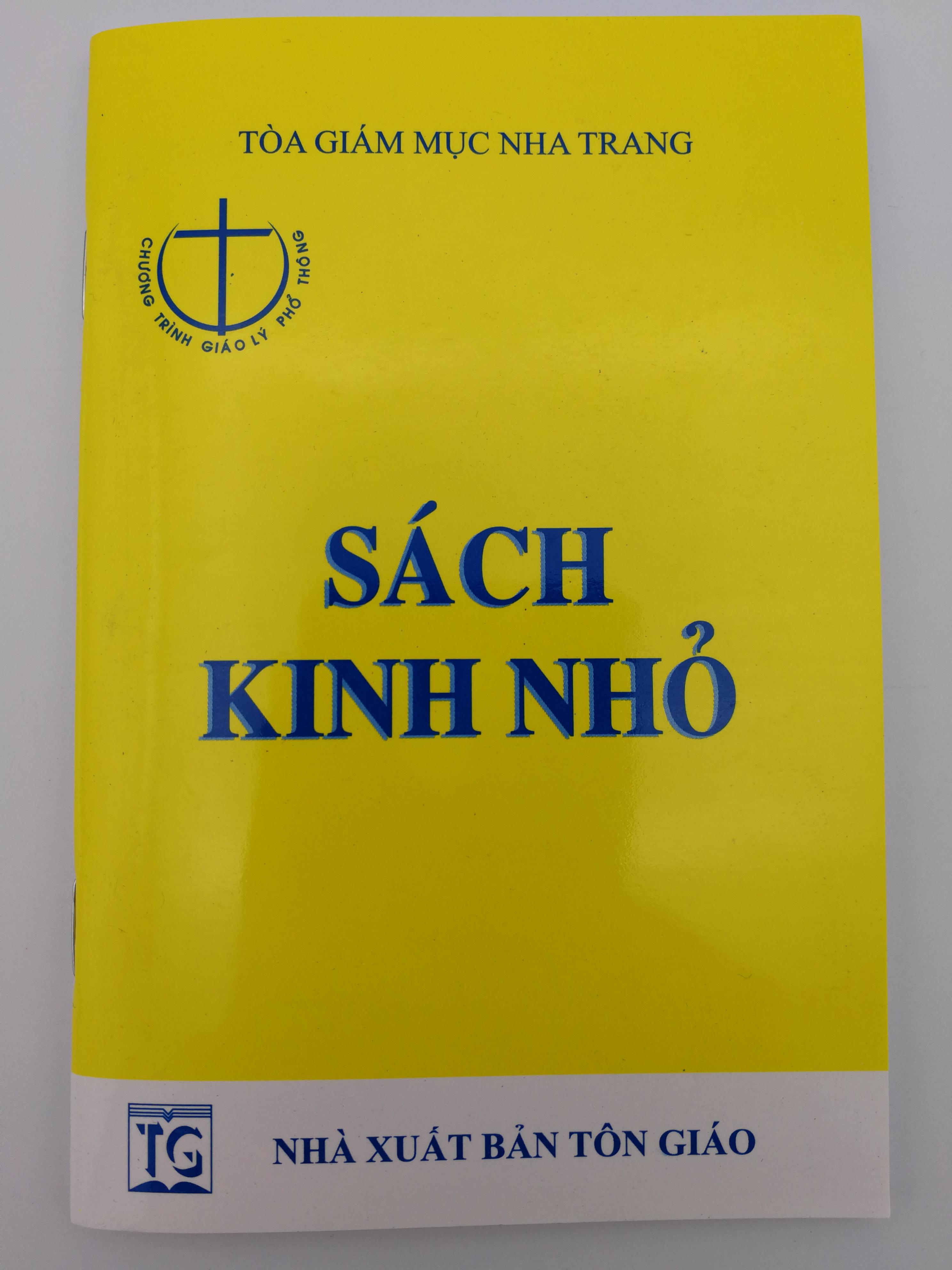 s-ch-kinh-nh-vietnamese-language-prayer-book-1.jpg