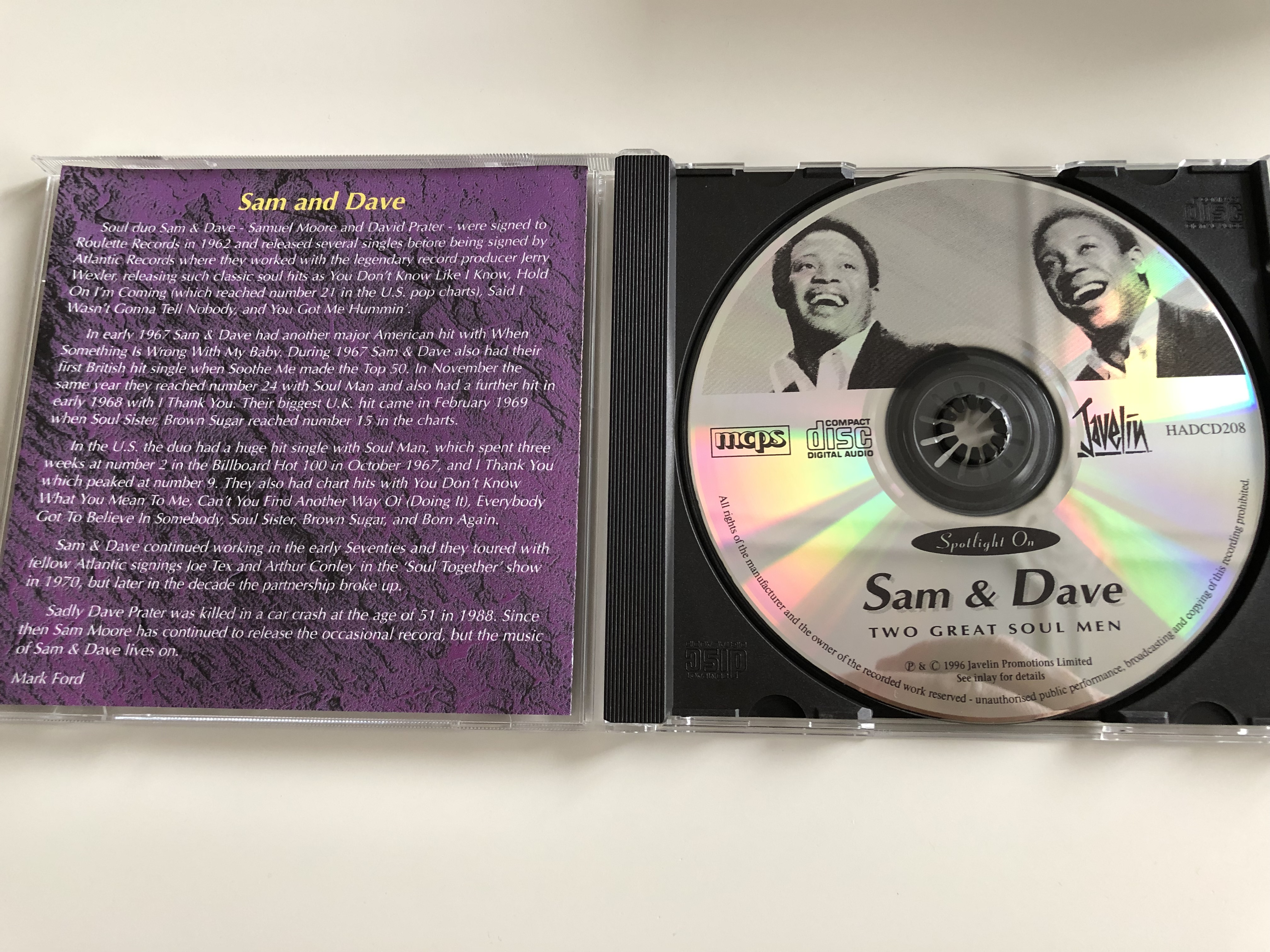 sam-dave-two-great-soul-men-featuring-hold-on-i-m-coming-soul-man-soul-sister-brown-sugar-soothe-me-javelin-audio-cd-1996-hadcd208-2-.jpg