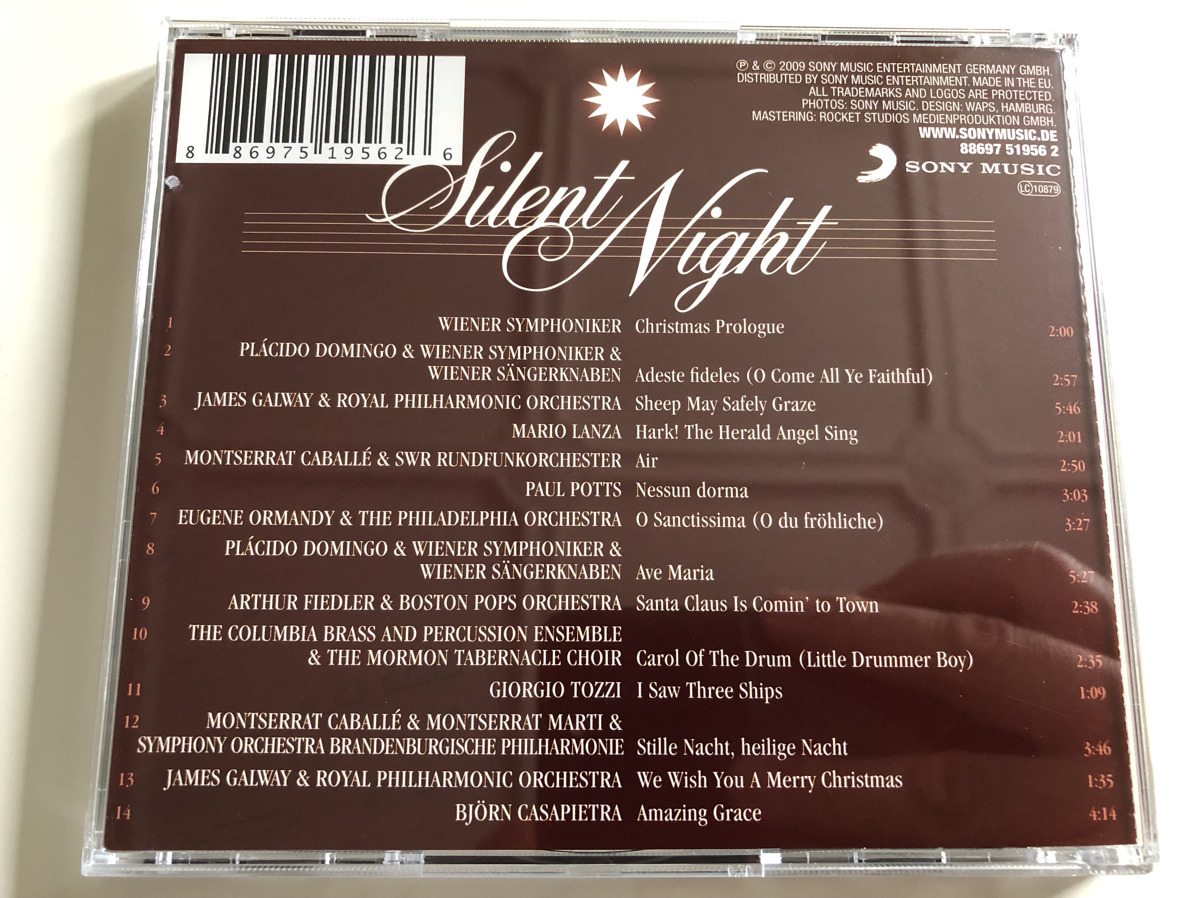 silent-night-classical-christmas-highlights-placido-domingo-paul-potts-james-galway-montserrat-caball-ave-maria-little-drummer-boy-hark-the-herald-angels-sing-audio-cd-2009-sony-music-5-.jpg