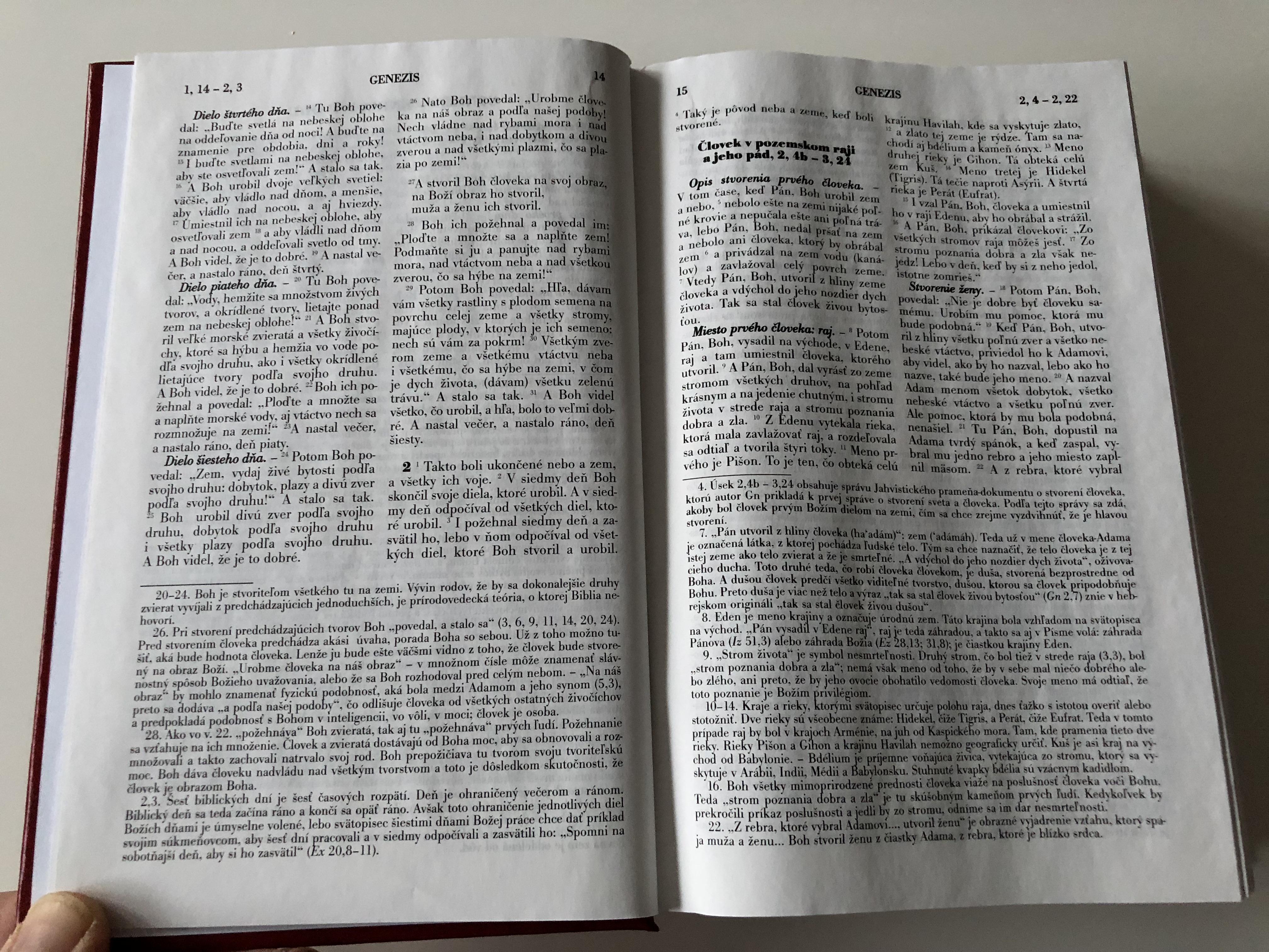 slovak-catholic-study-bible-for-students-9-.jpg