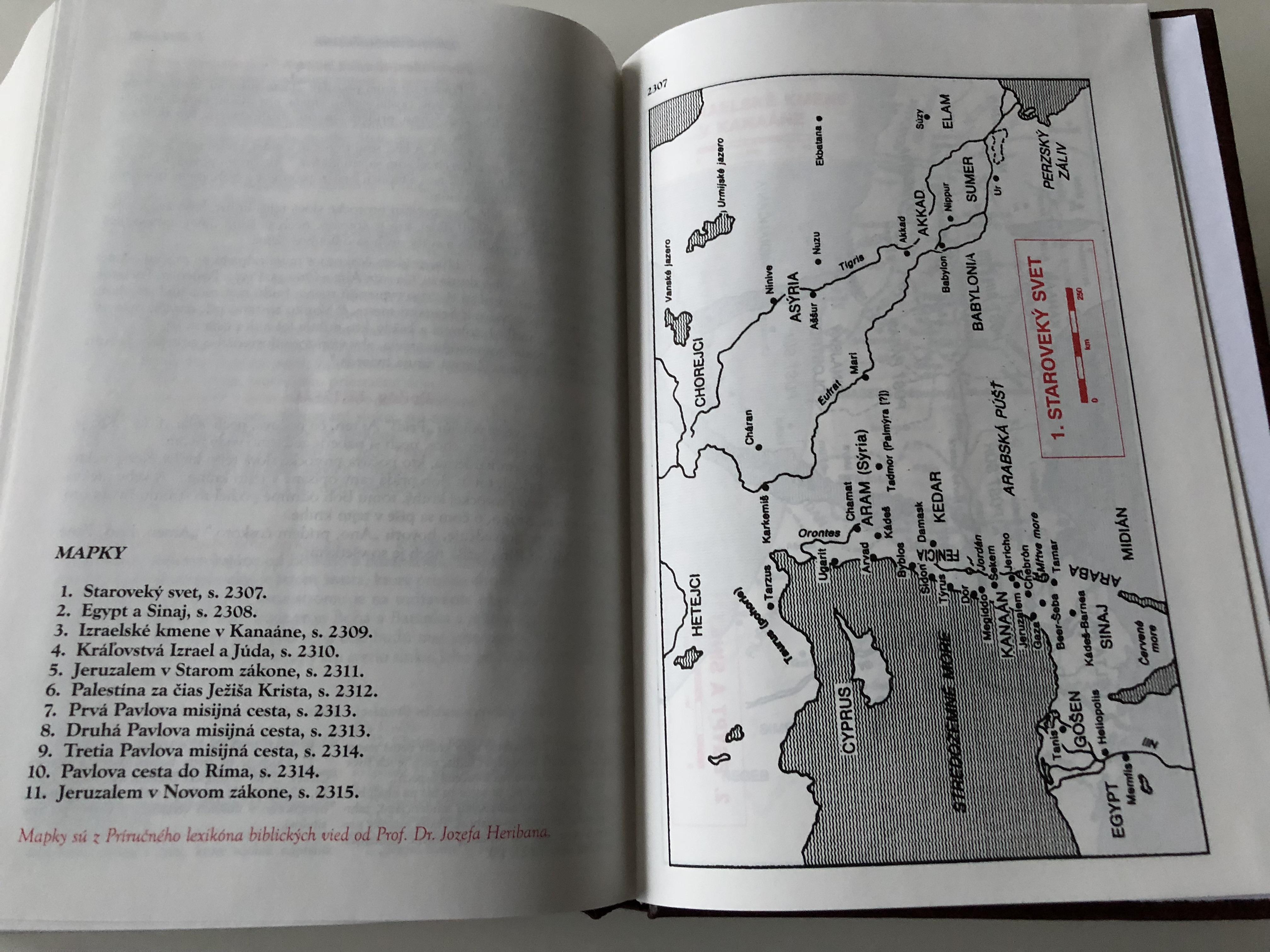 slovak-catholic-study-bible-large-print-with-study-notes-19-.jpg