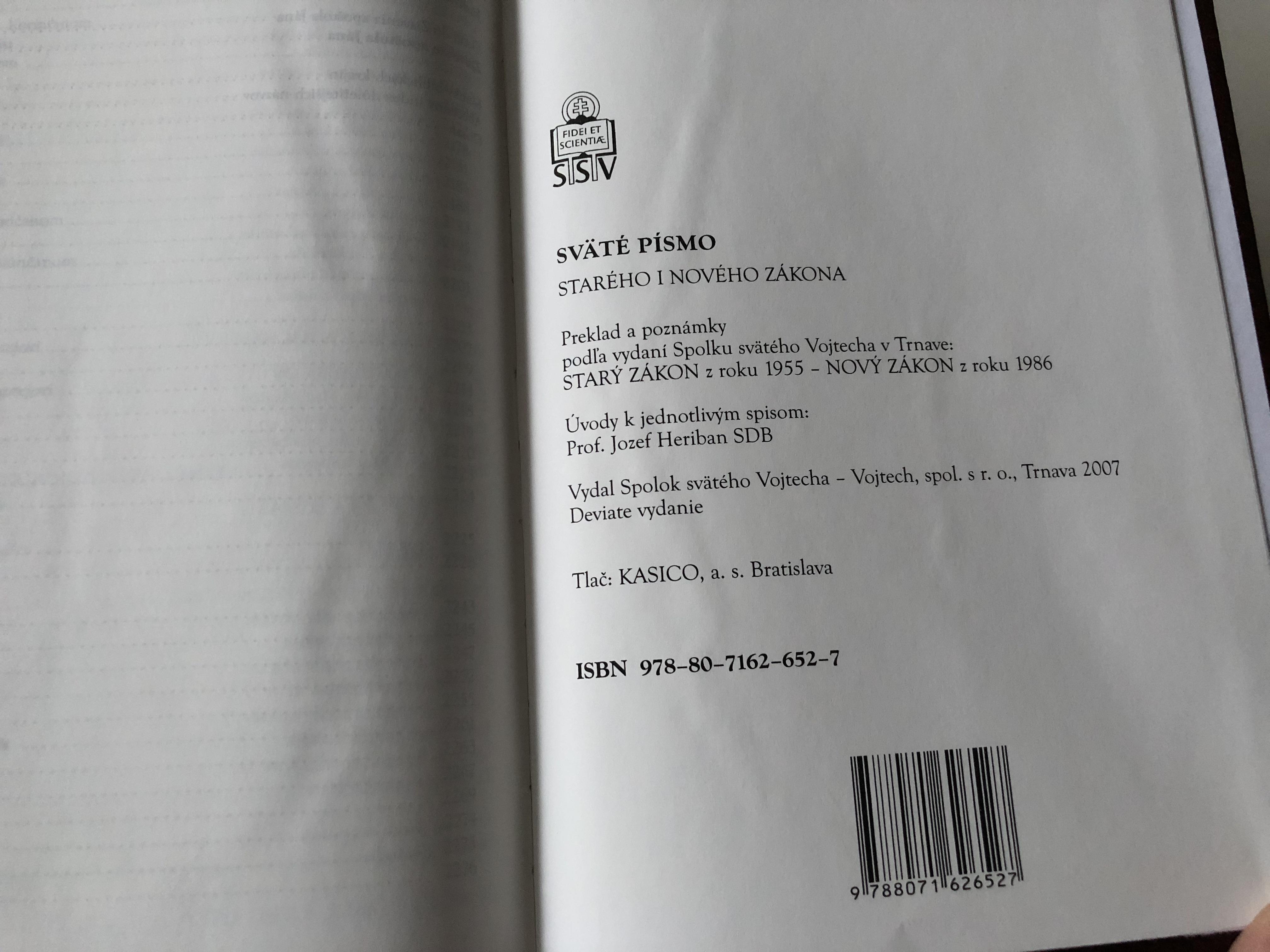 slovak-catholic-study-bible-large-print-with-study-notes-22-.jpg