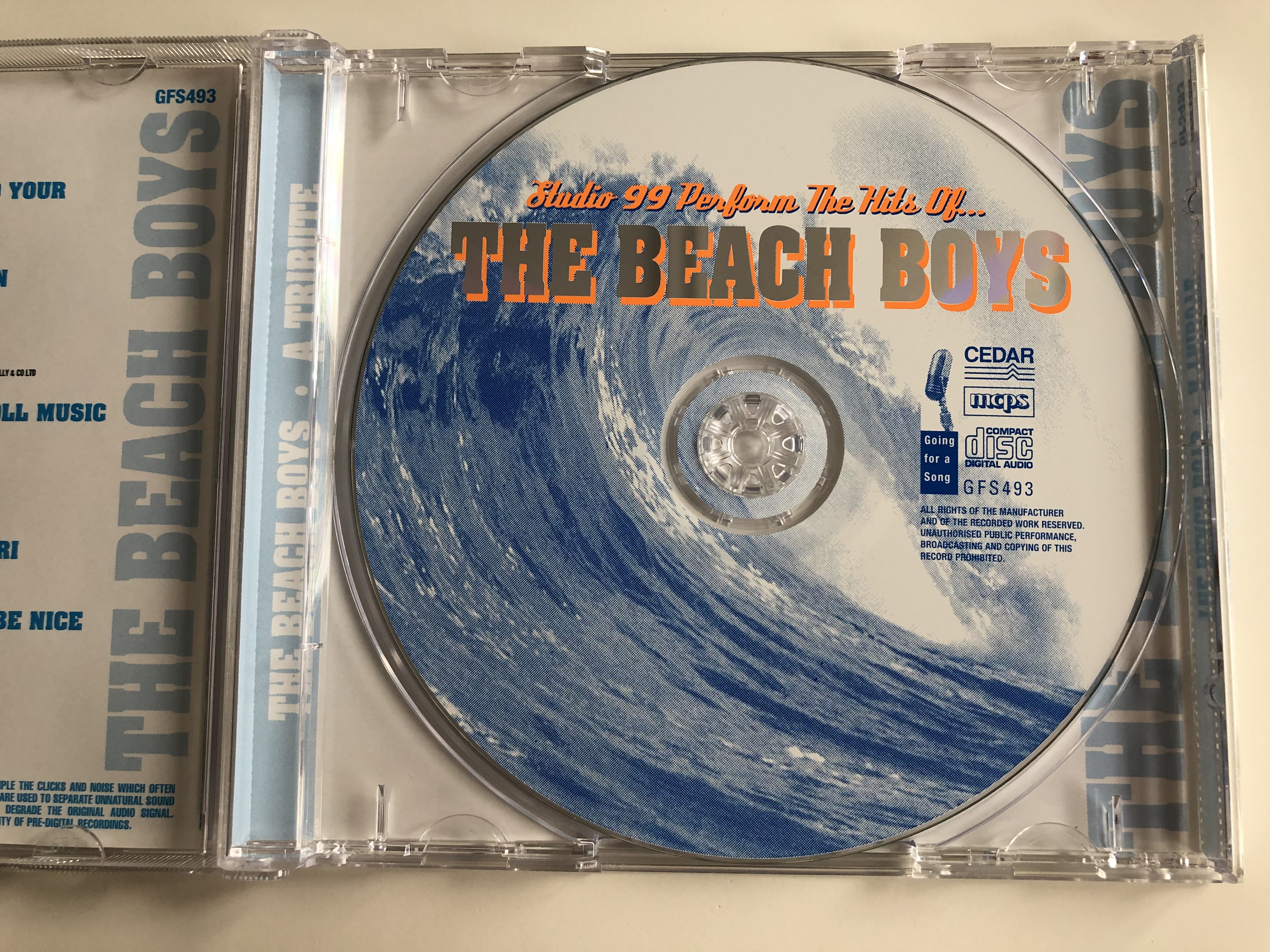 studio-99-perform-the-hits-of...-the-beach-boys-endless-summer-classics-including...-surfin-usa-good-vibrations-california-girls-surfer-girl-sloop-john-b-many-more-going-for-a-song-a-3-.jpg