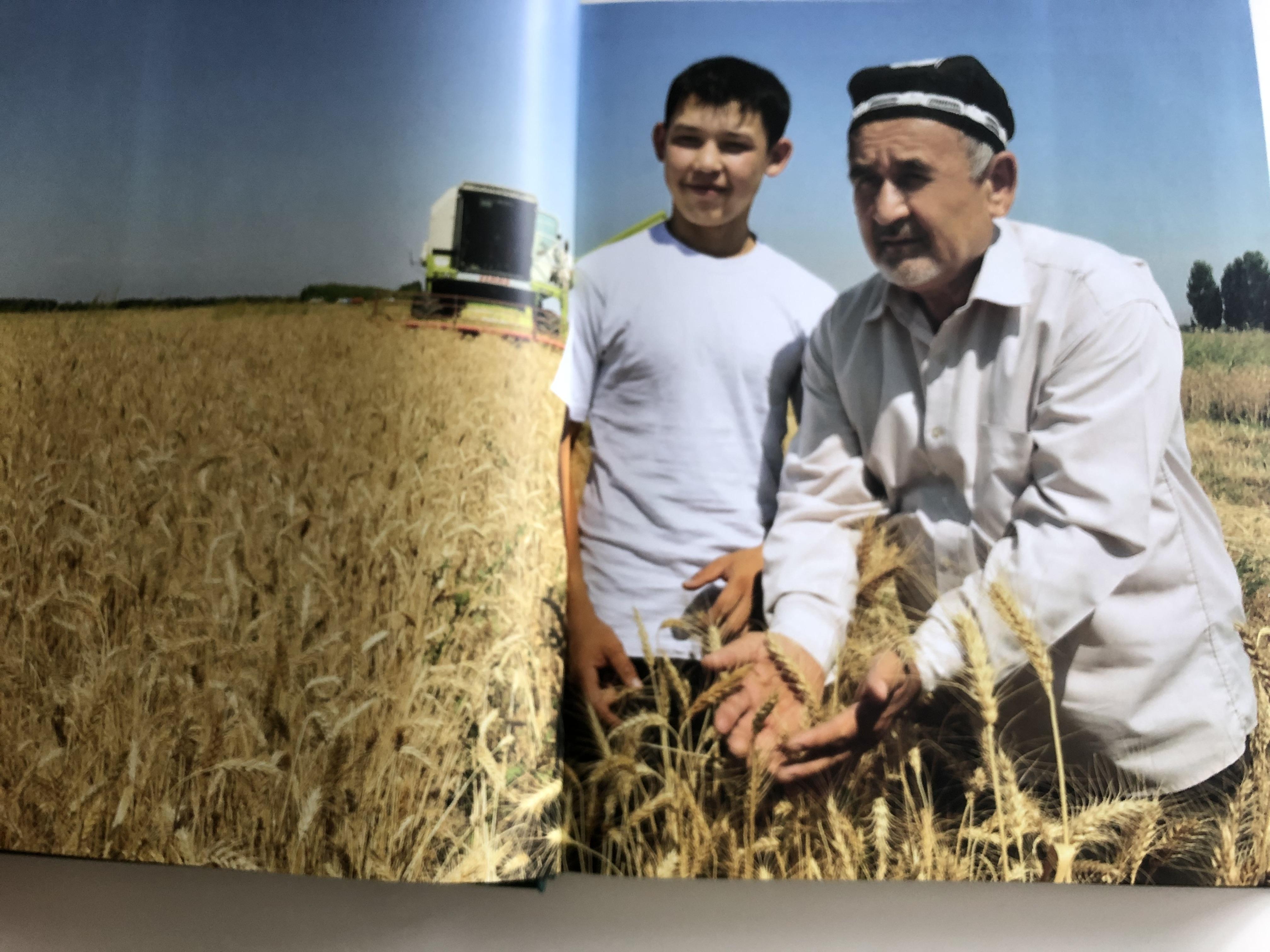 the-art-of-uzbek-cuisine-uzbek-russian-english-edition-hardcover-baktria-press-toshkent-2016-recipes-culture-cuisine-art-8-.jpg