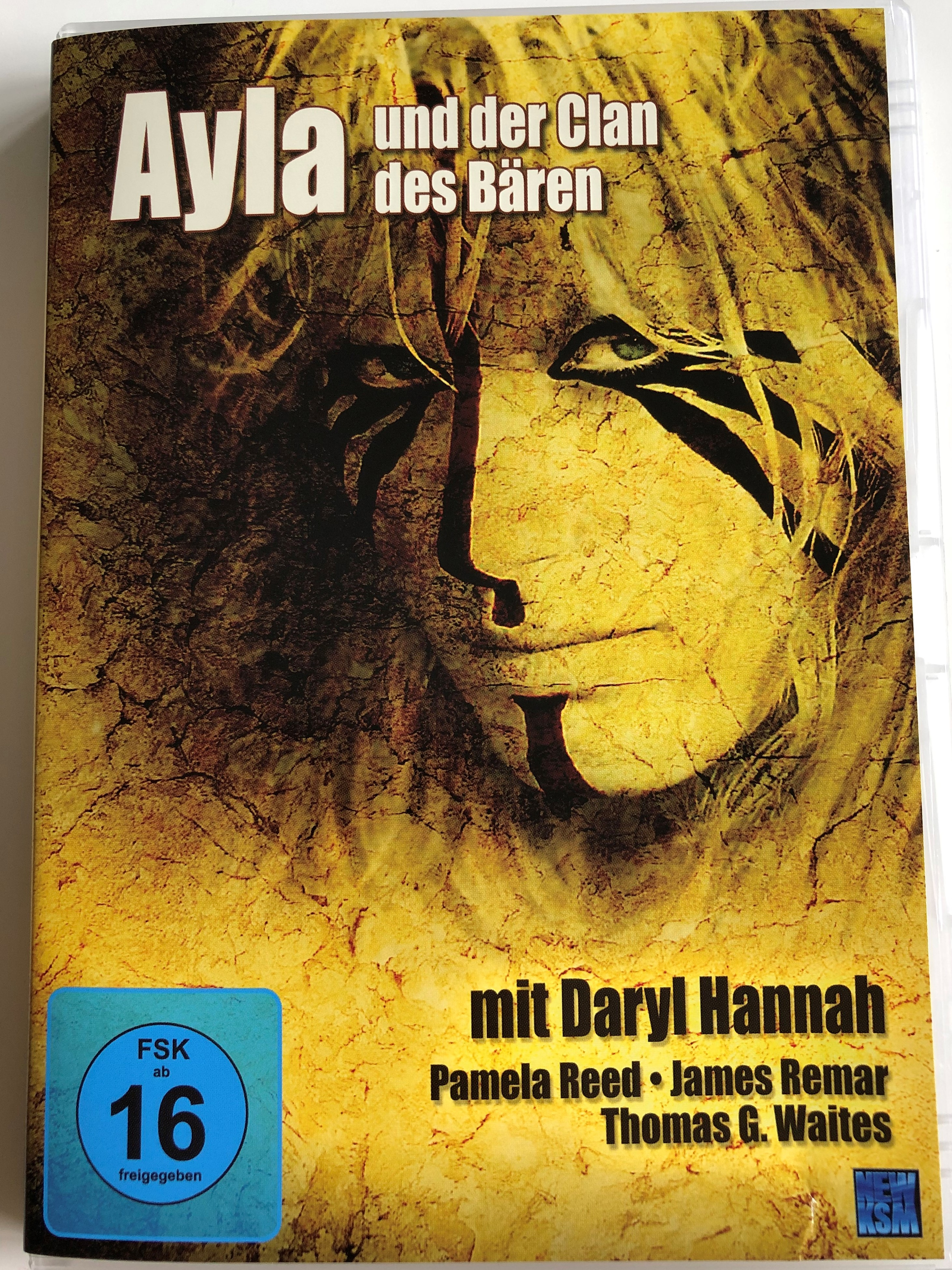 the-clan-of-the-cave-bear-dvd-1987-ayla-un-der-clan-des-b-ren-directed-by-michael-chapman-starring-daryl-hannah-pamela-reed-james-remar-thomas-waites-john-doolittle-1-.jpg