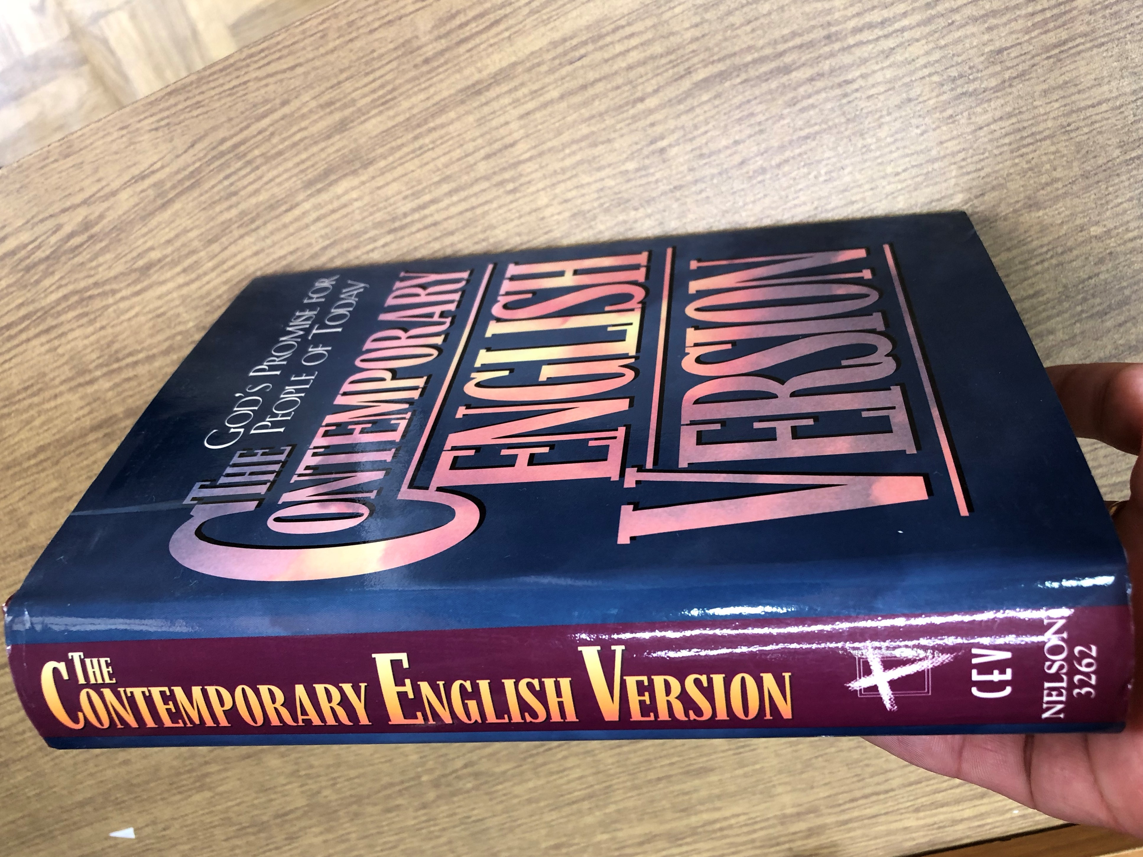 the-contemporary-english-version-bible-cev-nelson-3262-22-.jpg